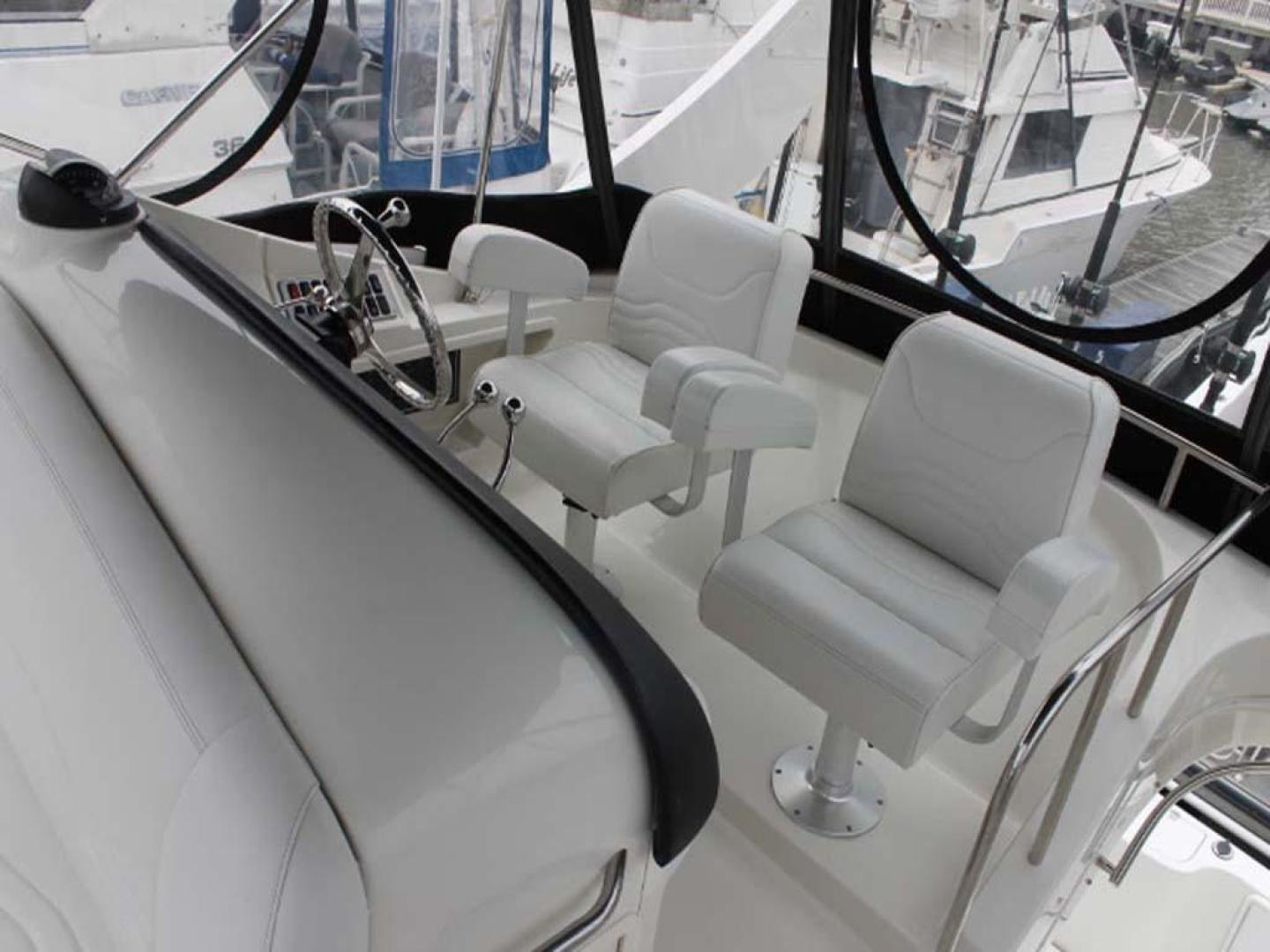 Carver-38 Super Sport 2007-Amazed Wildwood-New Jersey-United States-Helm Seats-928156 | Thumbnail
