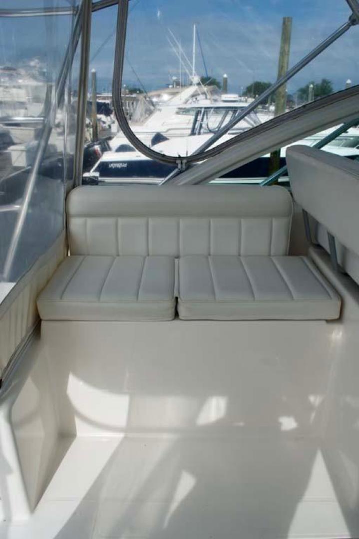 Cabo-35 Express 2006-Genesis Manteo-North Carolina-United States-Port Accommodations-930210 | Thumbnail