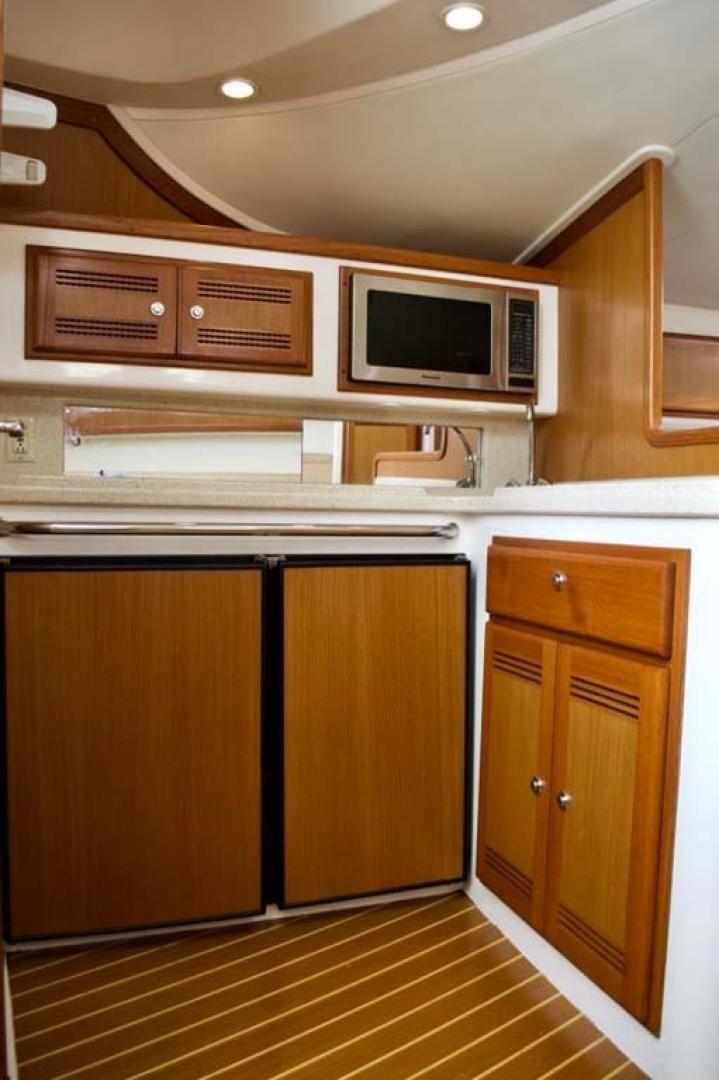 Cabo-35 Express 2006-Genesis Manteo-North Carolina-United States-Galley-930194 | Thumbnail