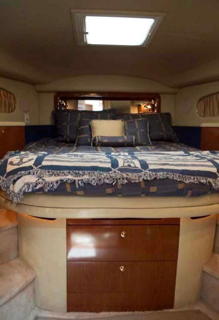 Sea Ray-420 Aft Cabin 2000-YOLO Long Island-New York-United States-VIP Stateroom-930345 | Thumbnail