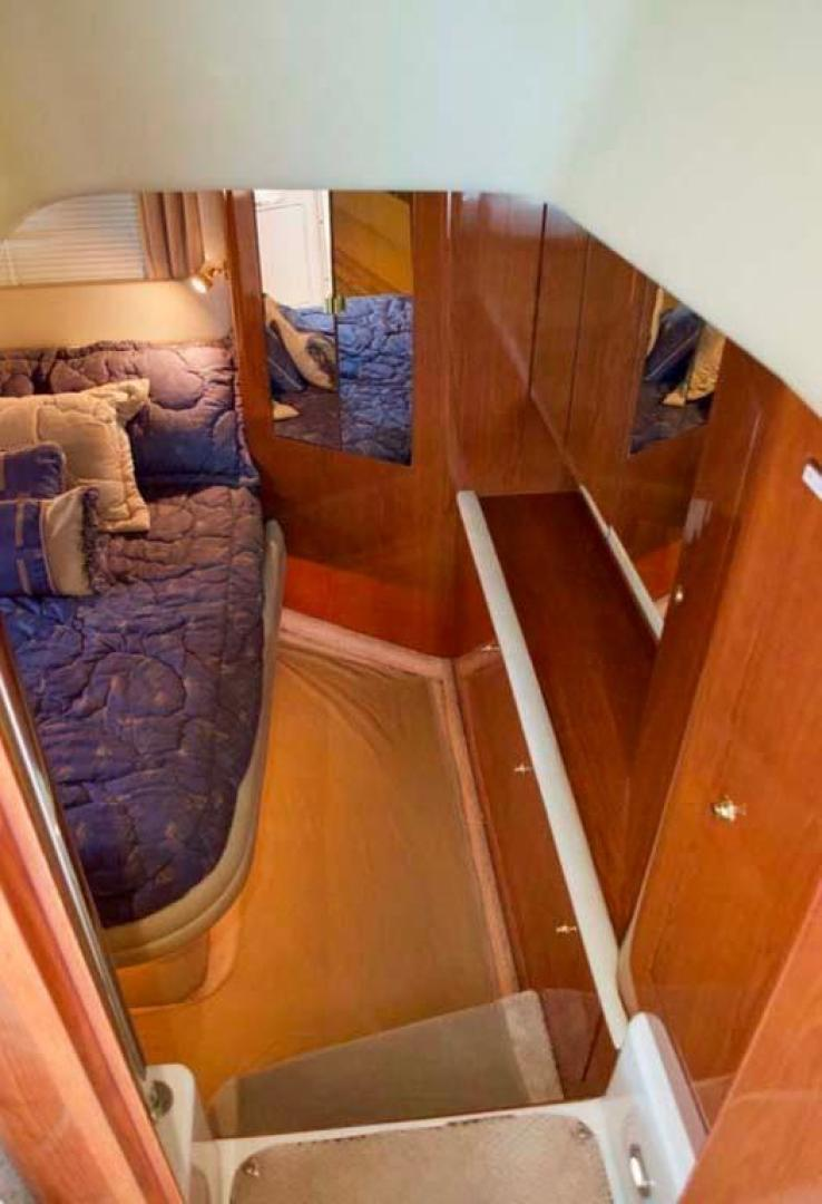 Sea-Ray-420-Aft-Cabin-2000-YOLO-Long-Island-New-York-United-States-Master-Stateroom-Entry-930333