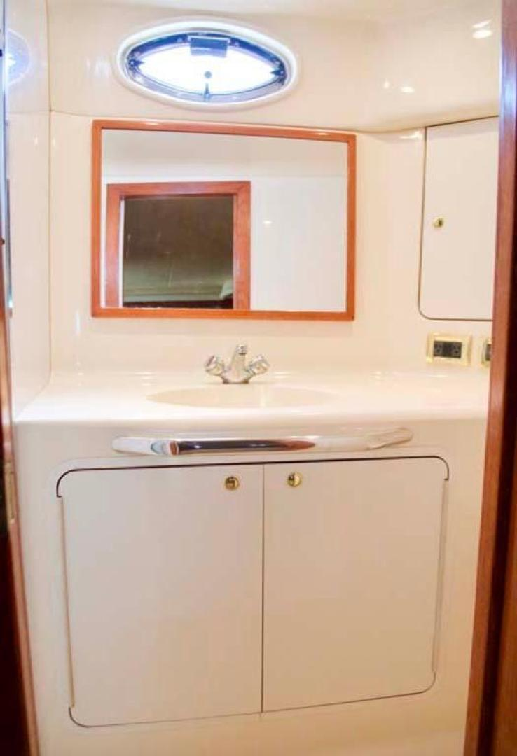 Sea Ray-420 Aft Cabin 2000-YOLO Long Island-New York-United States-Master Head-930341 | Thumbnail