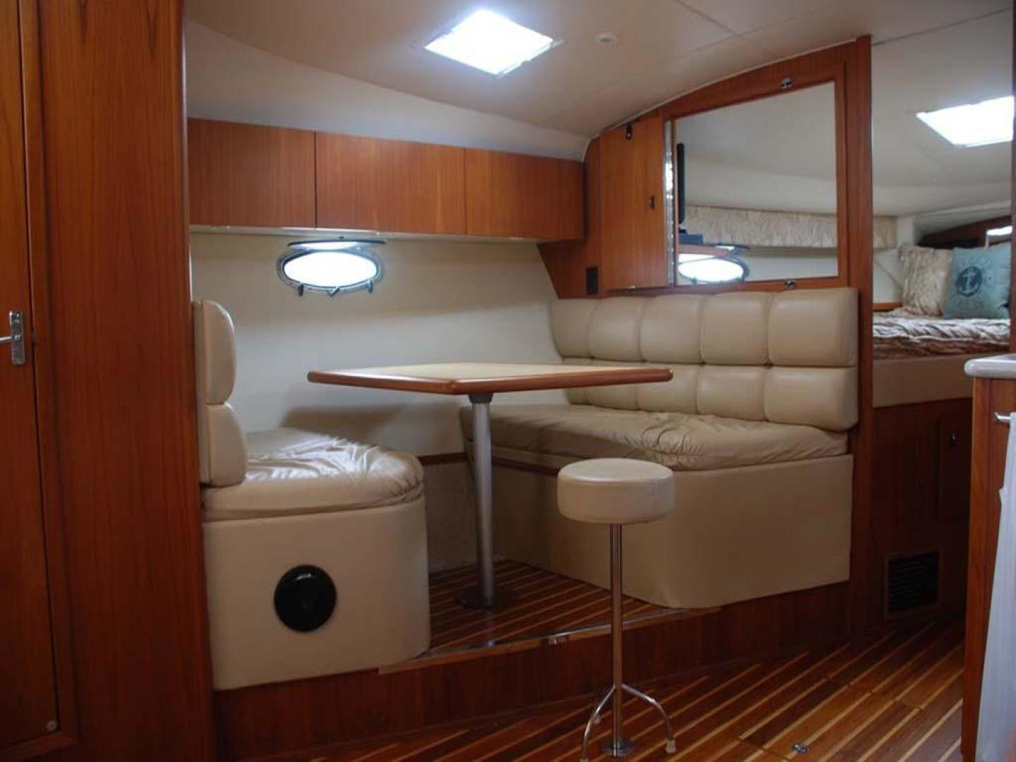 Tiara Yachts-3500 Express 2002-DEFICIT SPENDING Shelter Island, Long Island-New York-United States-Dinette-930525 | Thumbnail