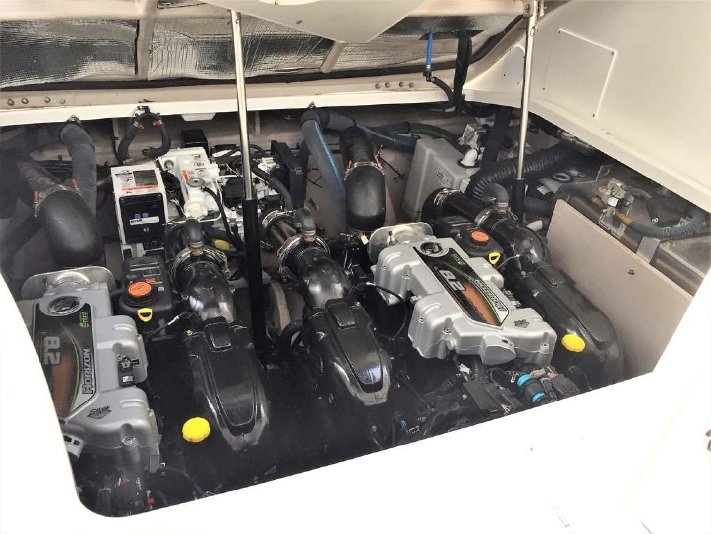 Sea Ray-350 Sundancer 2015-Tyeland Hyannis-Massachusetts-United States-Engine Compartment-930384 | Thumbnail