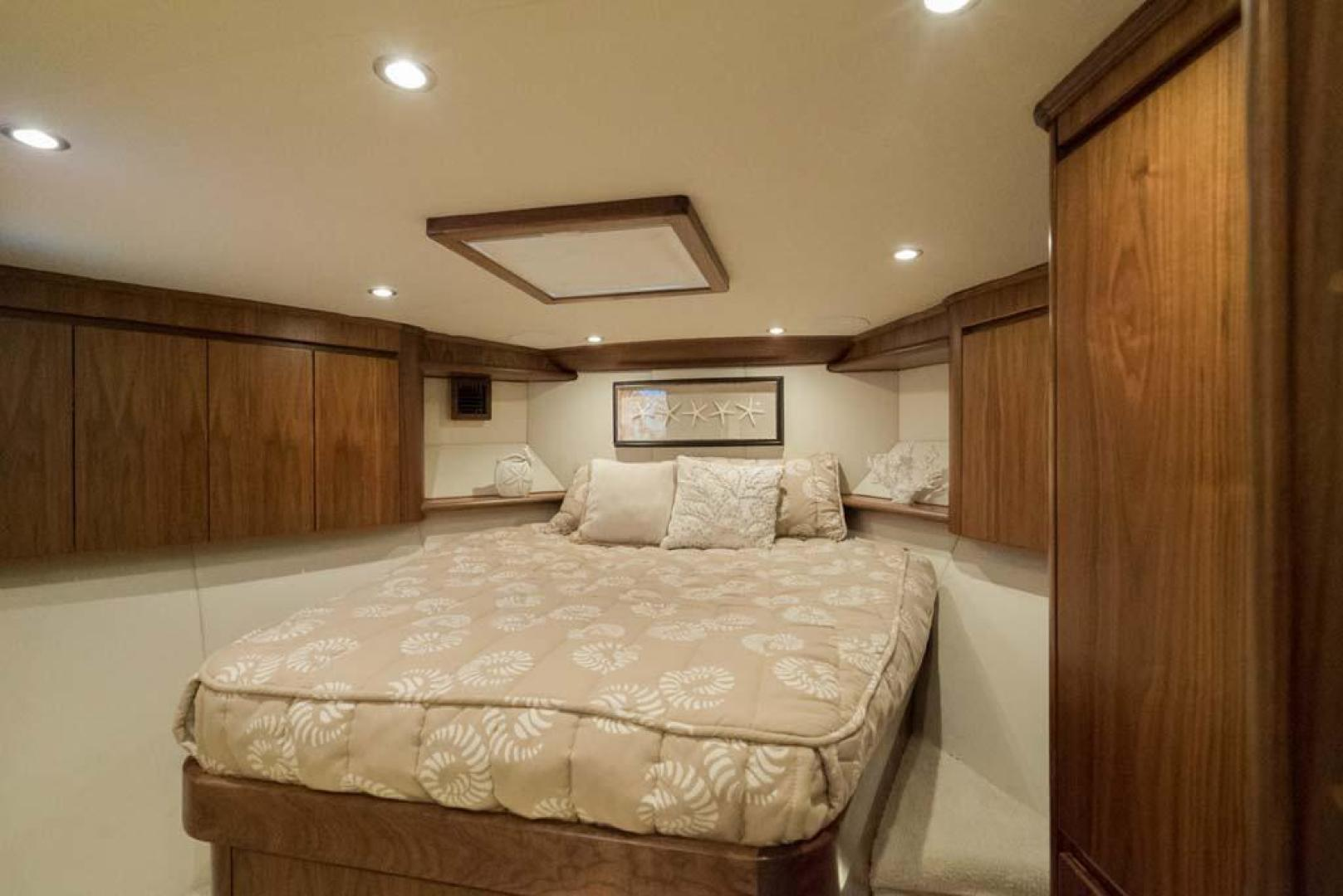 Monterey-65-Convertible-Custom-Sportfish-1991-Lady-Gemini-Mantoloking-New-Jersey-United-States-VIP-Stateroom-930419