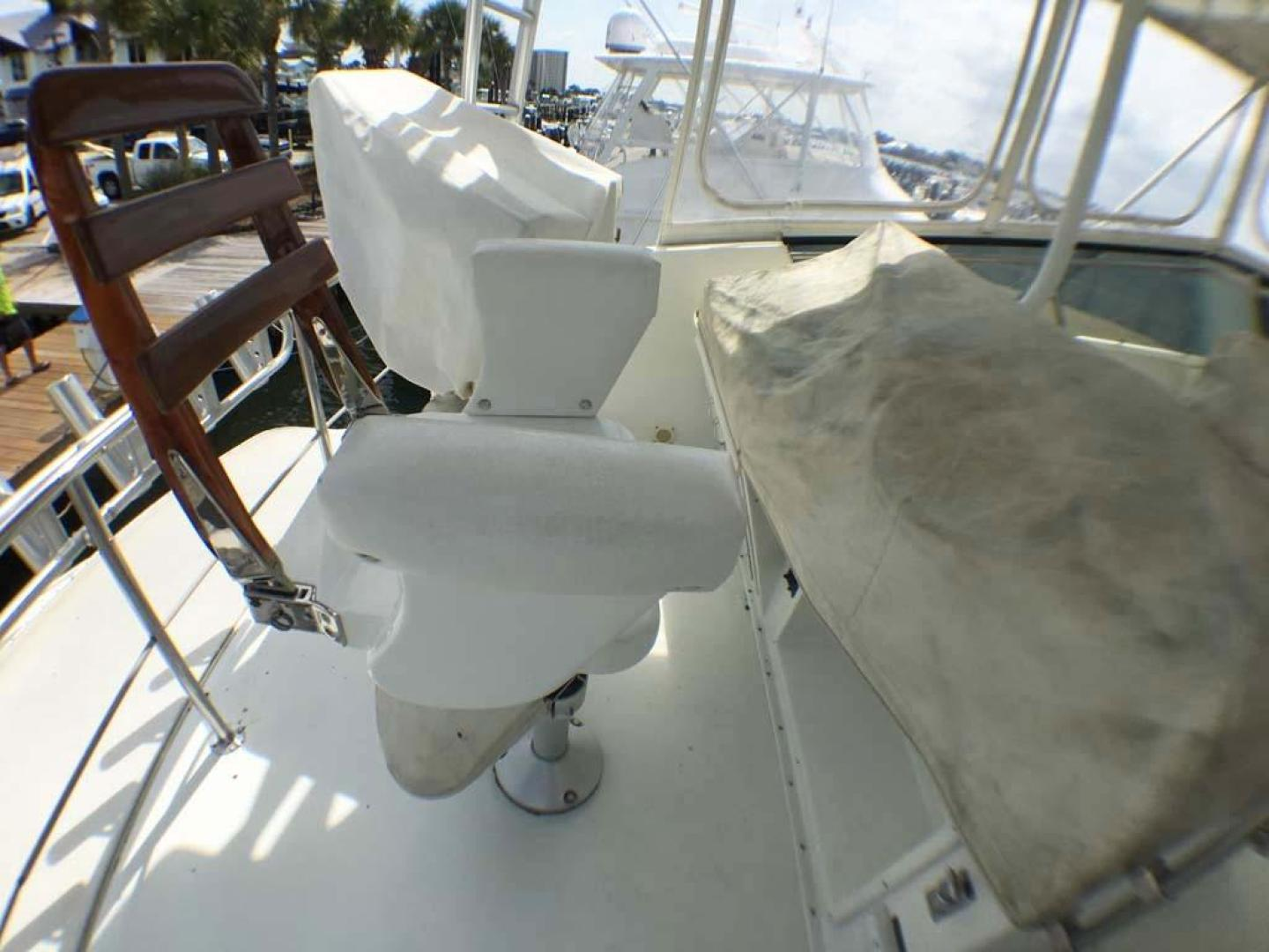 Hatteras-Convertible 1990-Congaree Orange Beach-Alabama-United States-Chair and Covers-927671 | Thumbnail