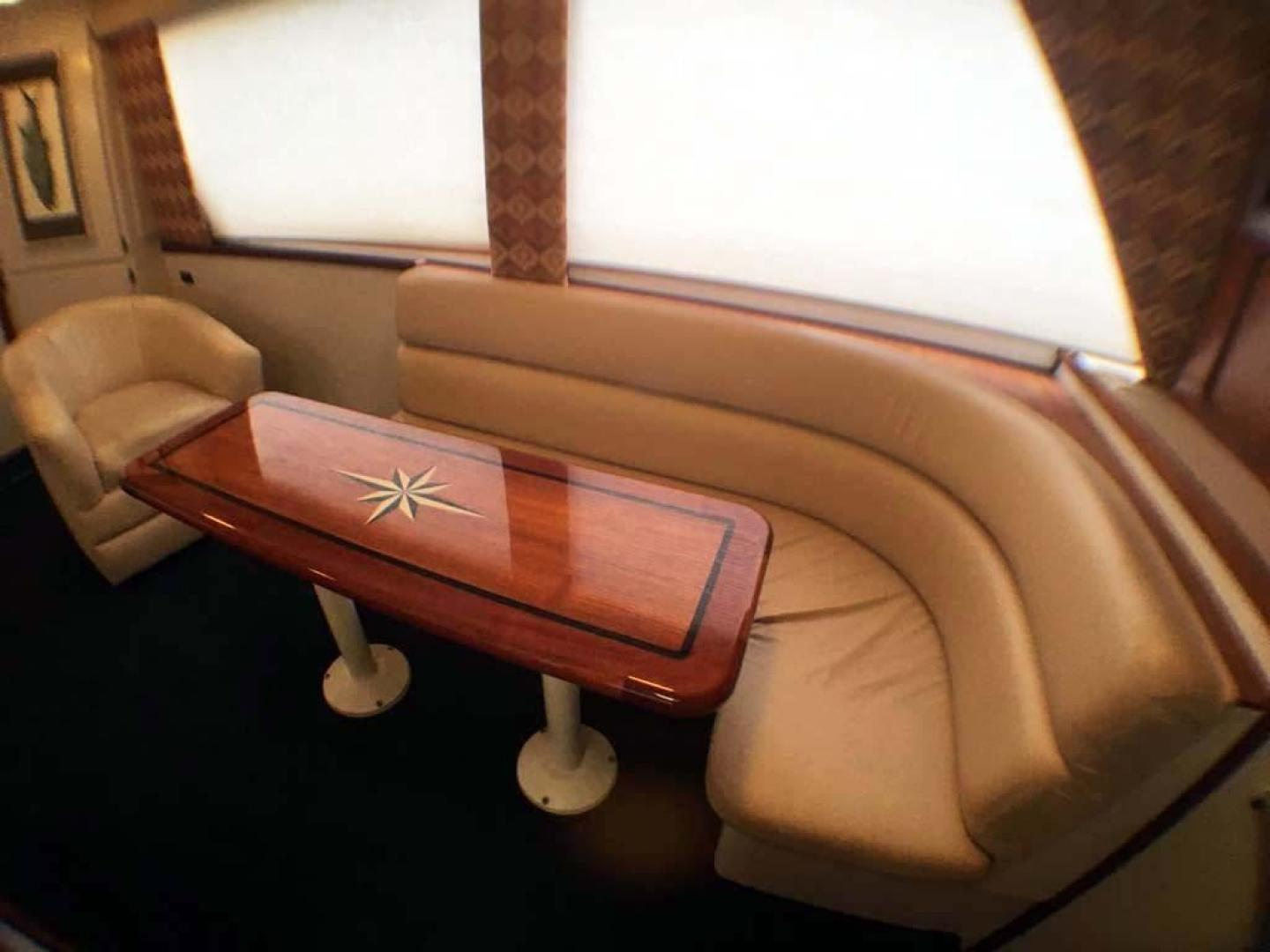Hatteras-Convertible 1990-Congaree Orange Beach-Alabama-United States-Varnished Table and Blinds Down-927657 | Thumbnail