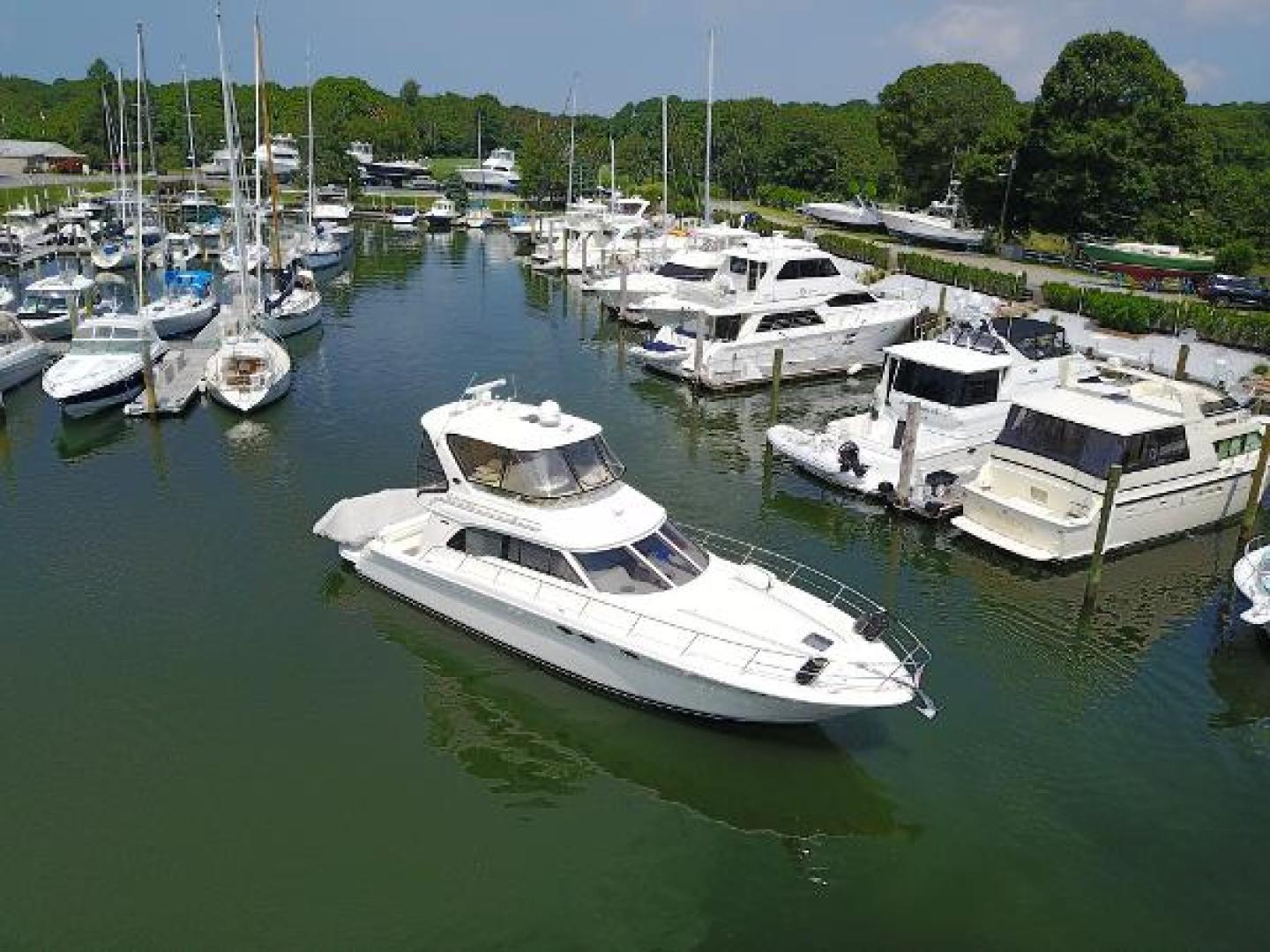 Picture Of: 48' Sea Ray 2004 Yacht For Sale | 2 of 18