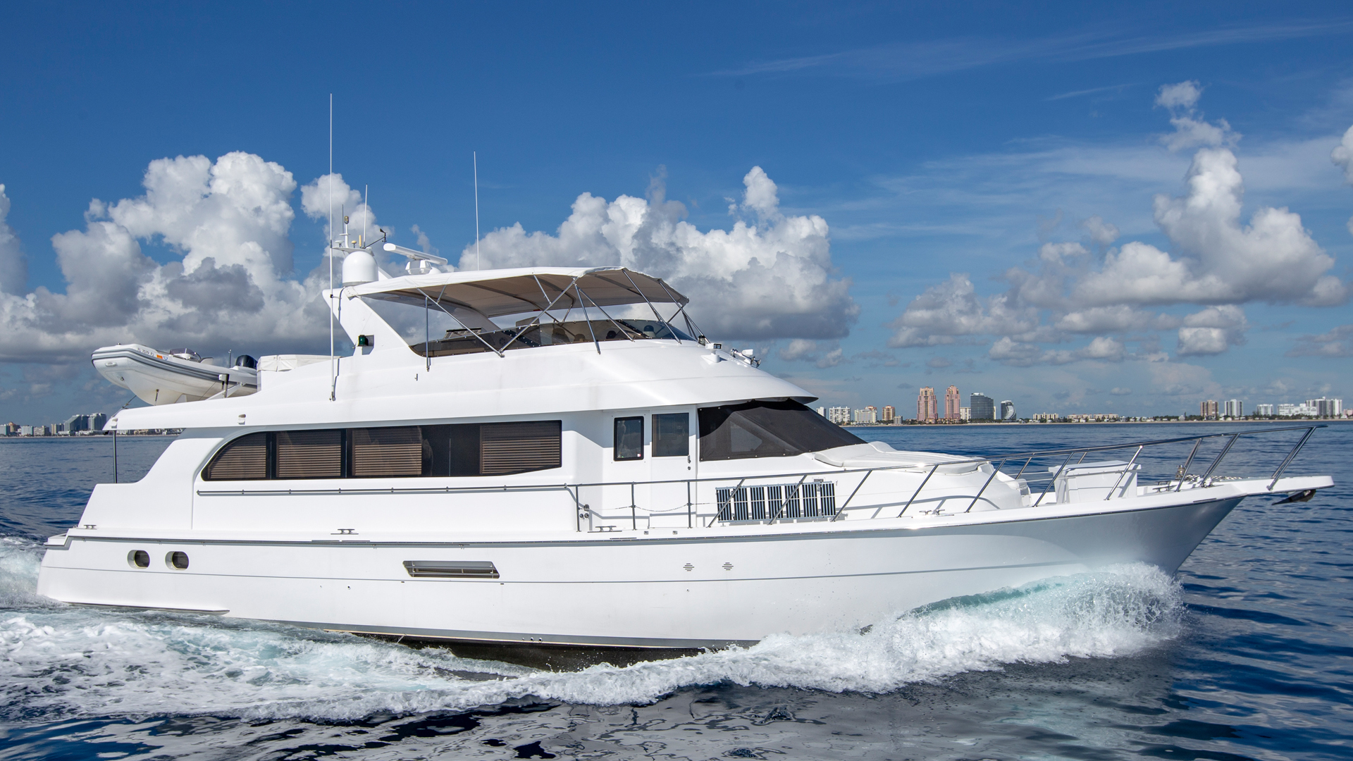 Hatteras-Cockpit Motor Yacht 2000-Getaway Ft. Lauderdale-Florida-United States-Profile-1417483 | Thumbnail