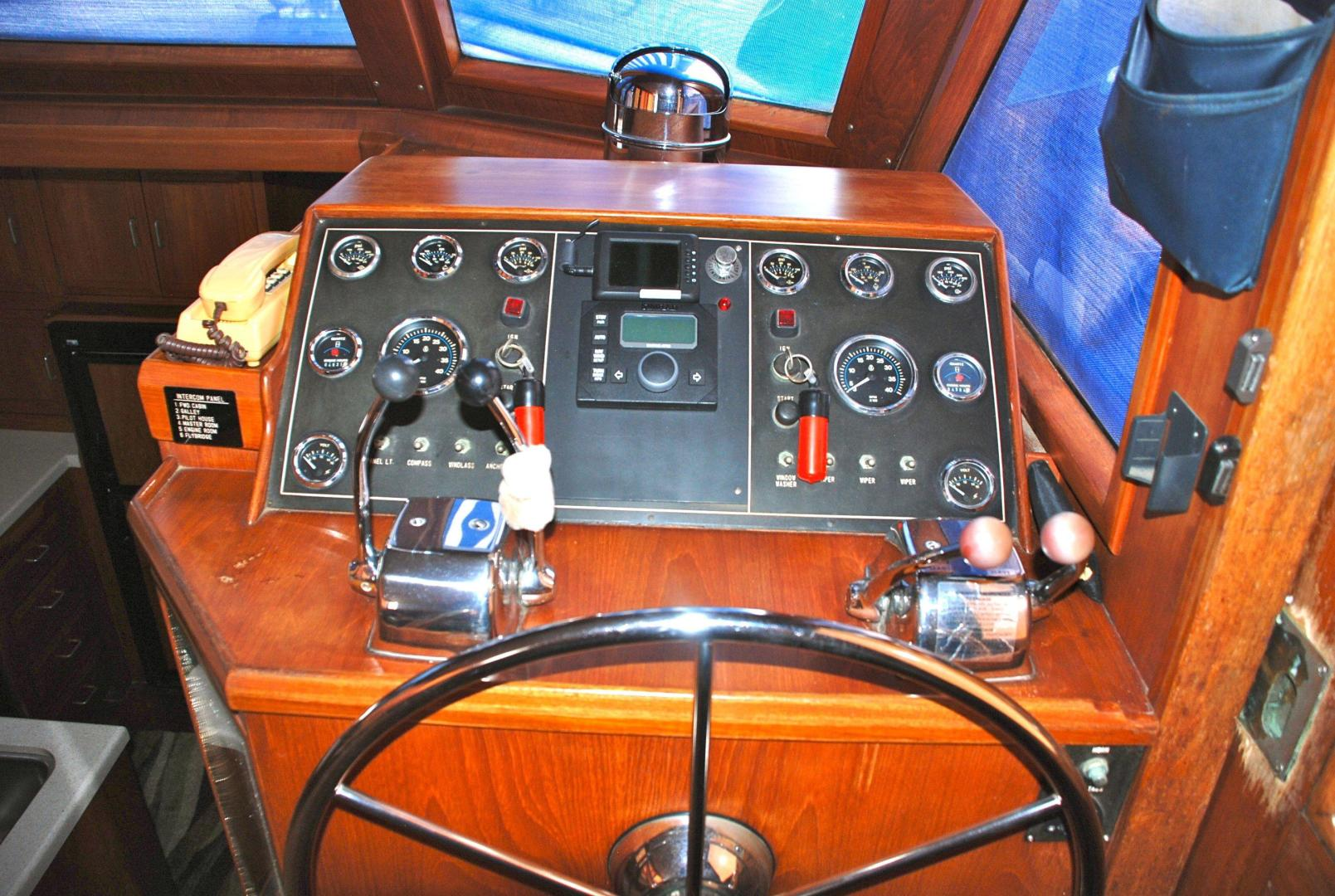43' Ocean Alexander, Listing Number 100816632, - Photo No. 3