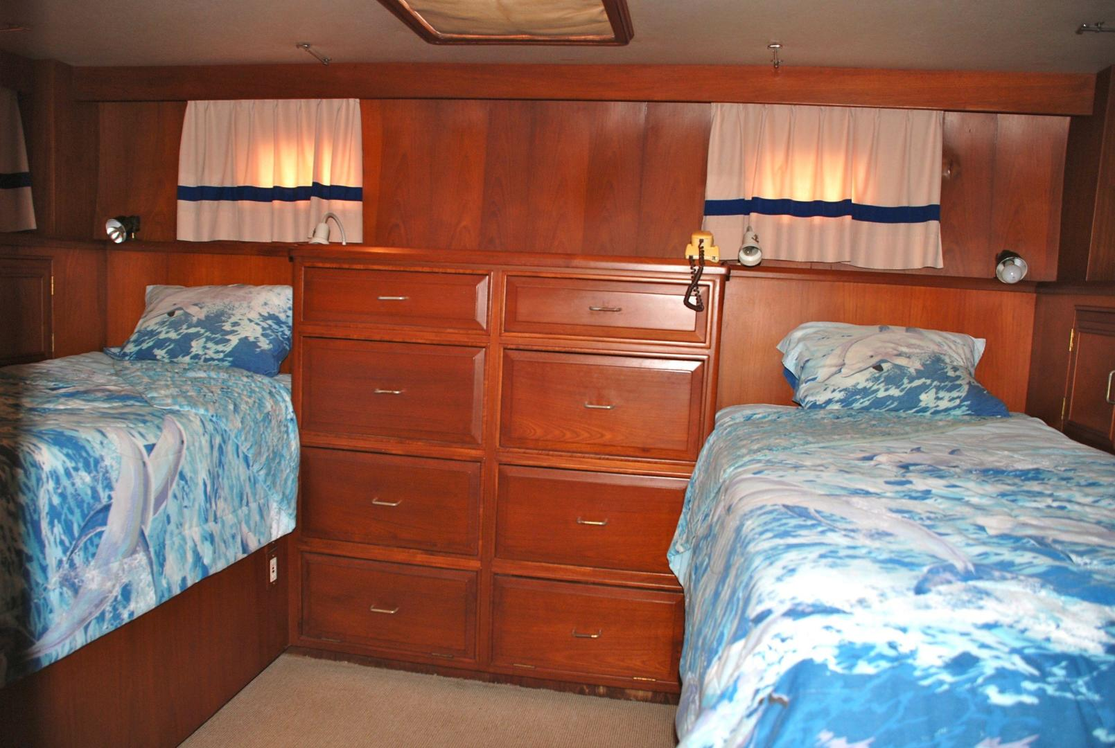 43' Ocean Alexander, Listing Number 100816632, - Photo No. 14