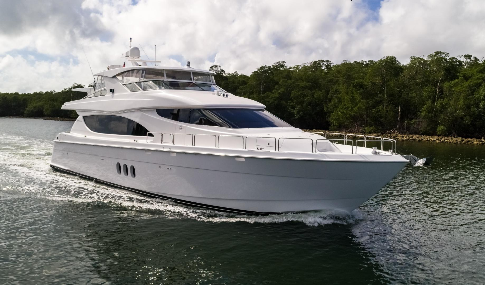 Picture Of: 80' Hatteras 80 Motor Yacht 2013 Yacht For Sale | 1 of 66
