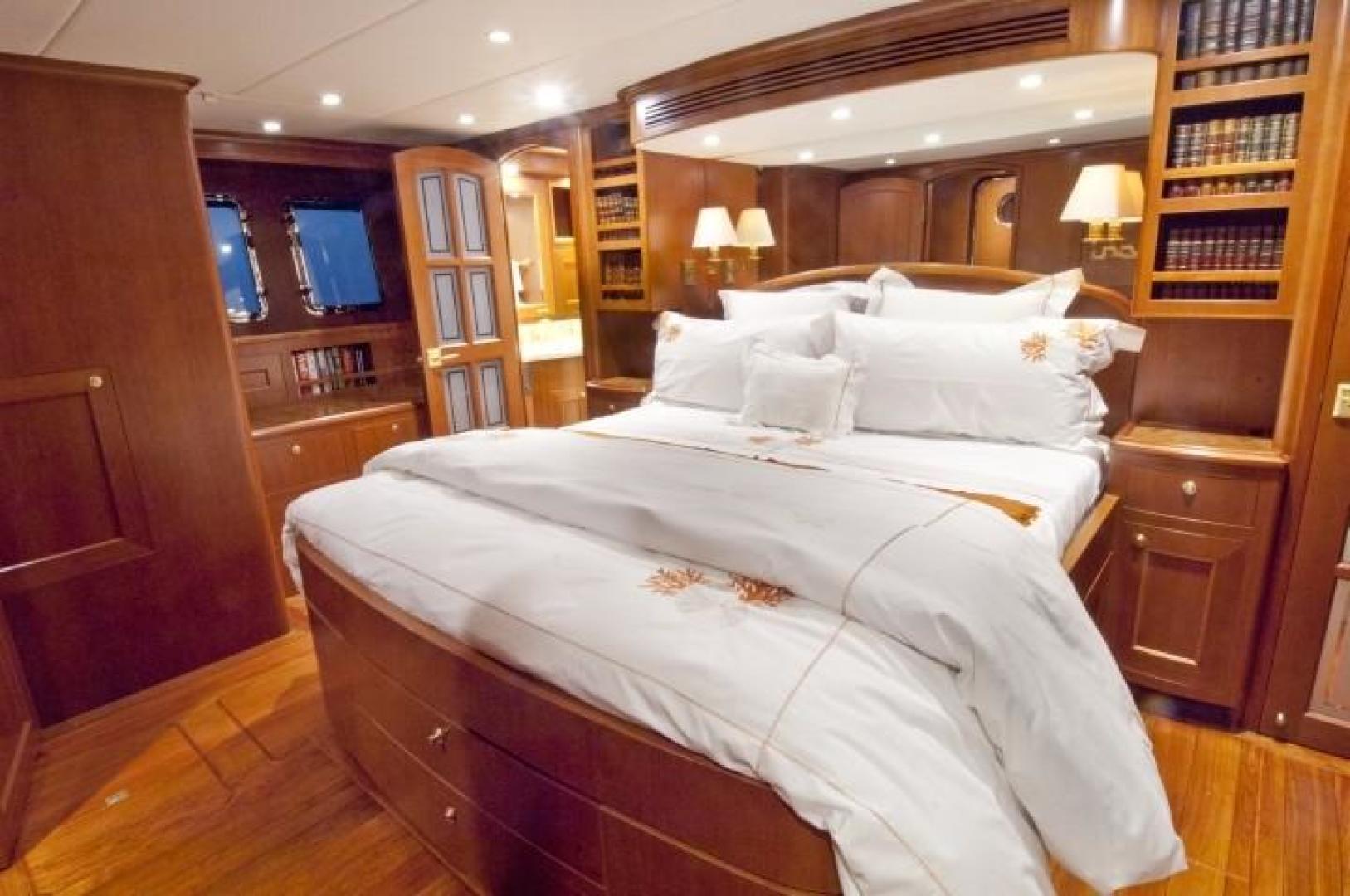 Offshore Yachts-Voyager 2013-Drumbeat Bara de Navidad-Mexico-1027311 | Thumbnail