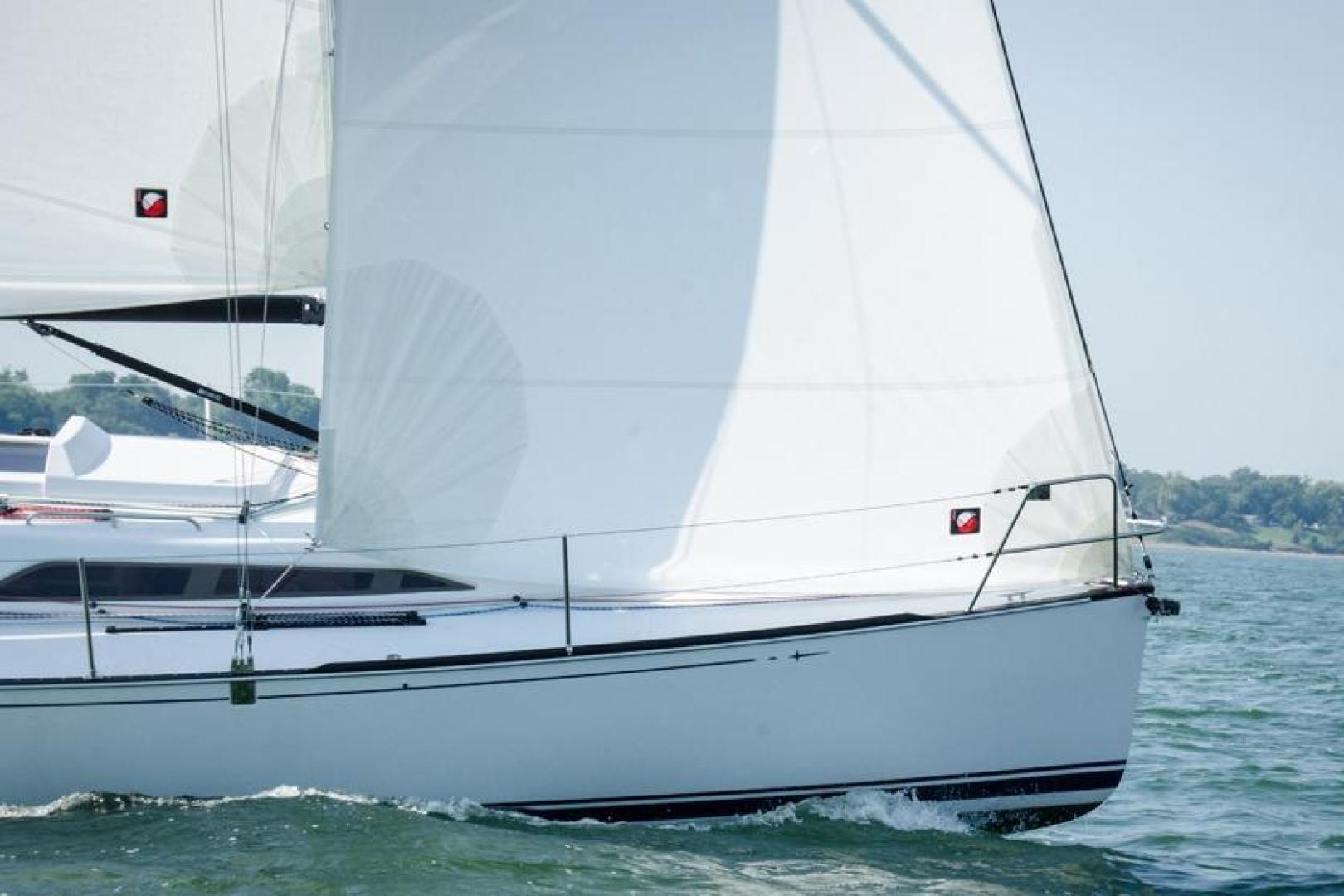 Picture Of: 33' Tartan 101 2021 Yacht For Sale | 2 of 8