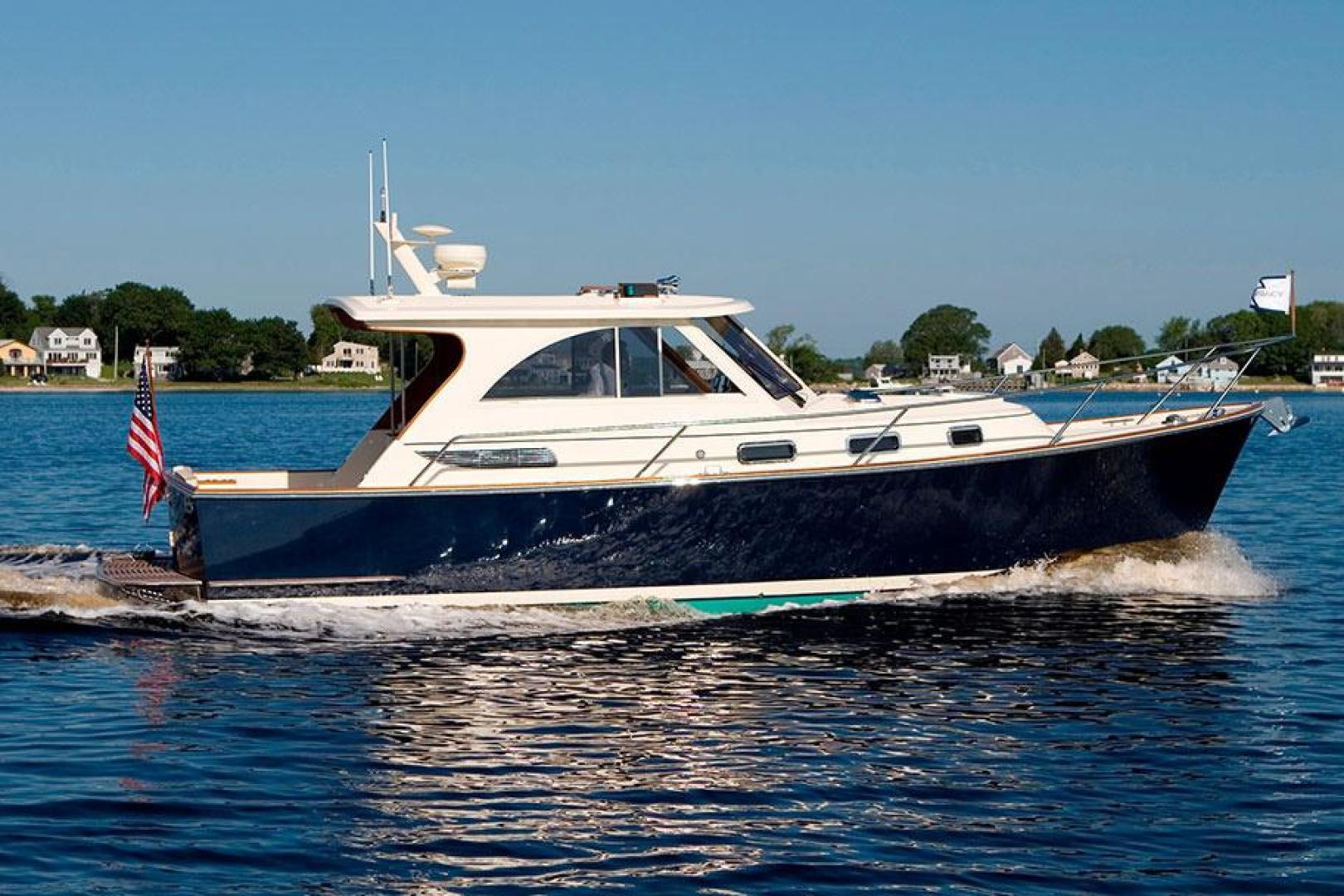 Picture Of: 32' Legacy 32 2021 Yacht For Sale | 1 of 7