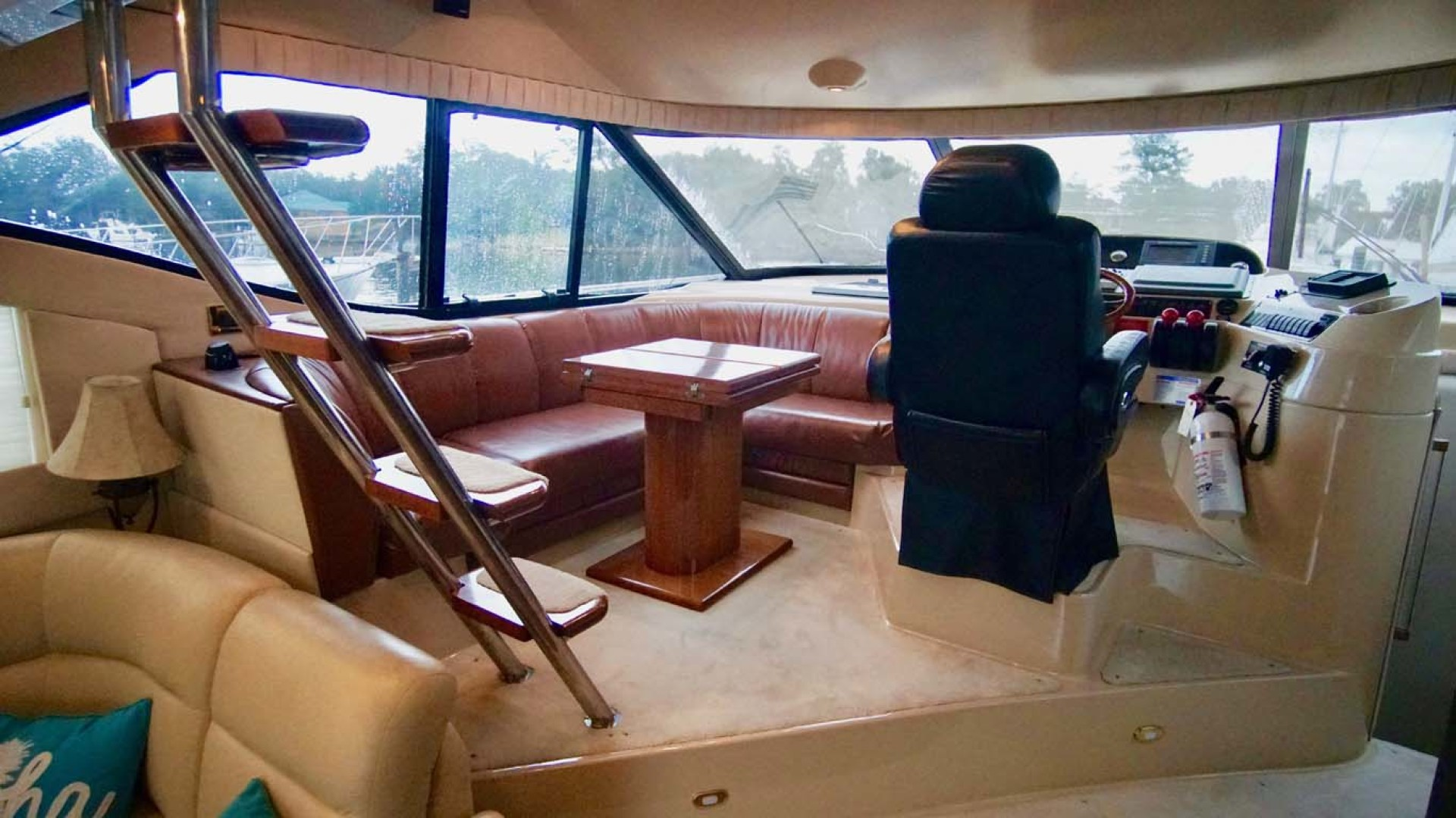 Cruisers Yachts-5000 Sport Sedan 1999-YOLO Niceville-Florida-United States-Lower Helm Area-1092876 | Thumbnail