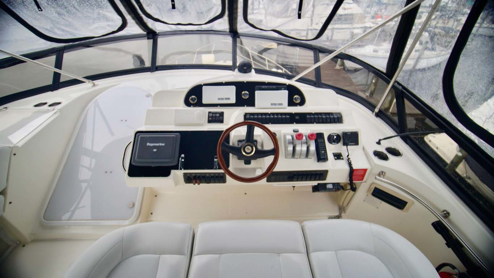 Cruisers Yachts-5000 Sport Sedan 1999-YOLO Niceville-Florida-United States-Helm-1092871 | Thumbnail