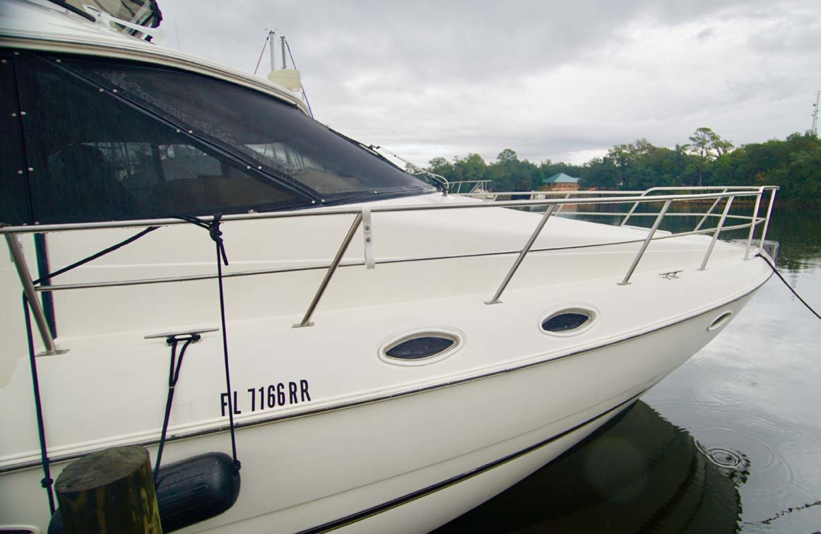 Cruisers Yachts-5000 Sport Sedan 1999-YOLO Niceville-Florida-United States-Port Side-1092858 | Thumbnail