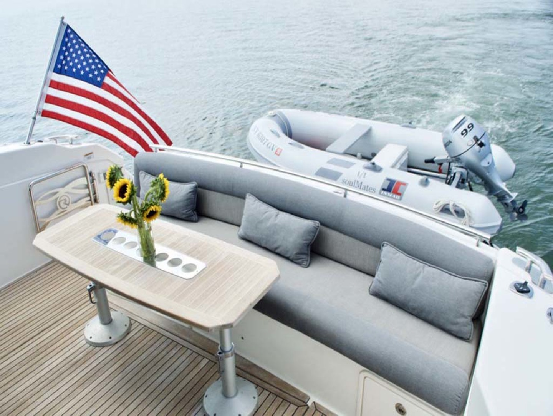 Riviera-4400 Sport Yacht 2009-Soul Mates Long Island-United States-Aft Lounge-1062539 | Thumbnail