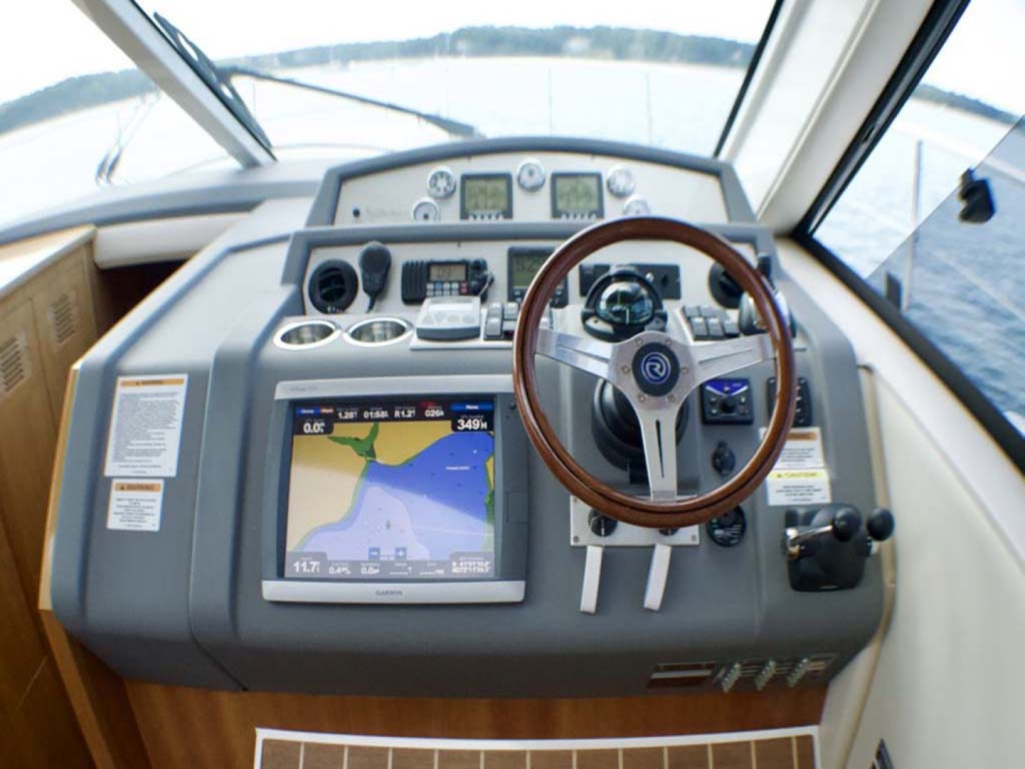 Riviera-4400 Sport Yacht 2009-Soul Mates Long Island-United States-Helm-1062566 | Thumbnail