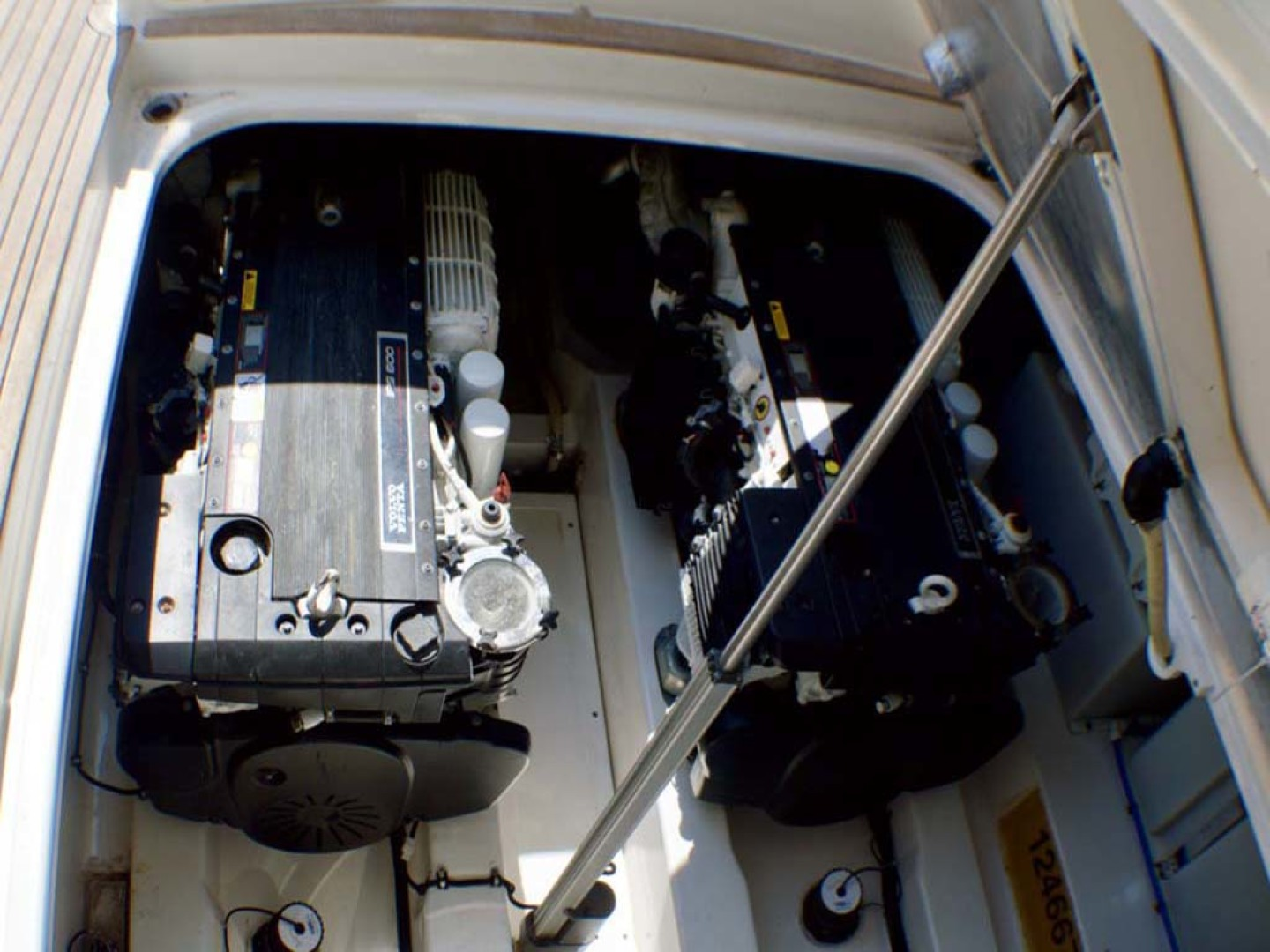 Riviera-4400 Sport Yacht 2009-Soul Mates Long Island-United States-Engine Room-1062572 | Thumbnail