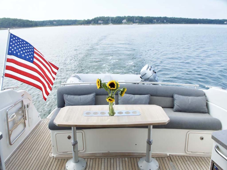 Riviera-4400 Sport Yacht 2009-Soul Mates Long Island-United States-Aft Lounge-1062540 | Thumbnail