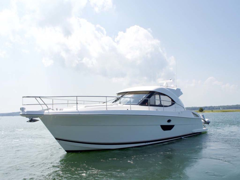 Riviera-4400 Sport Yacht 2009-Soul Mates Long Island-United States-44 Riviera 2009 Port Profile-1062530 | Thumbnail