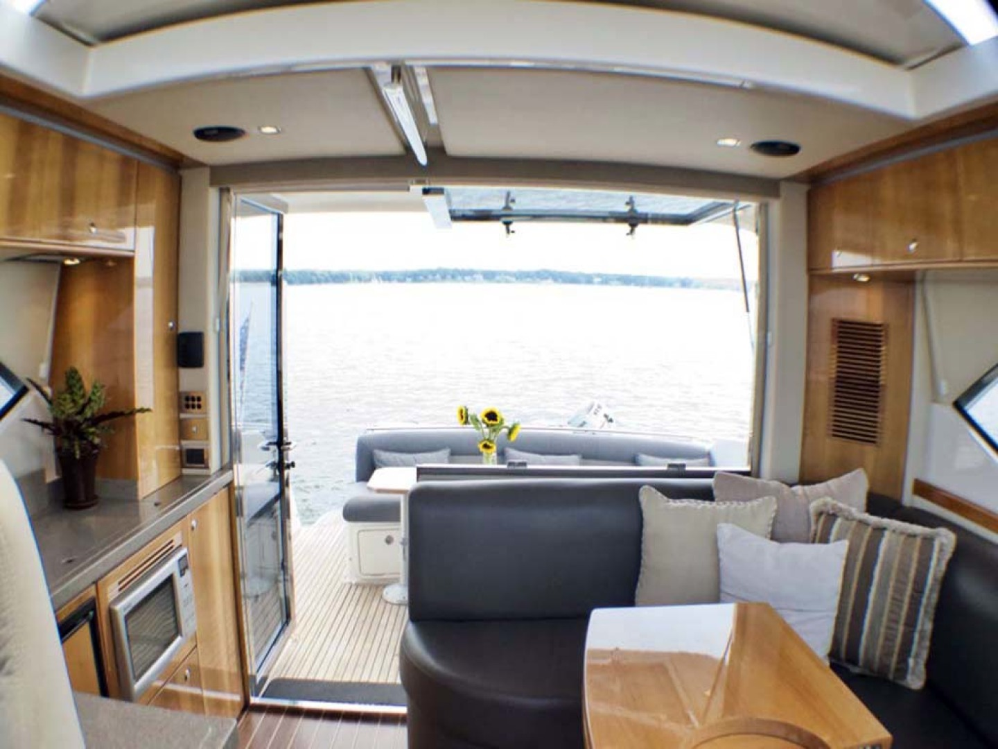 Riviera-4400 Sport Yacht 2009-Soul Mates Long Island-United States-Looking Out-1062563 | Thumbnail