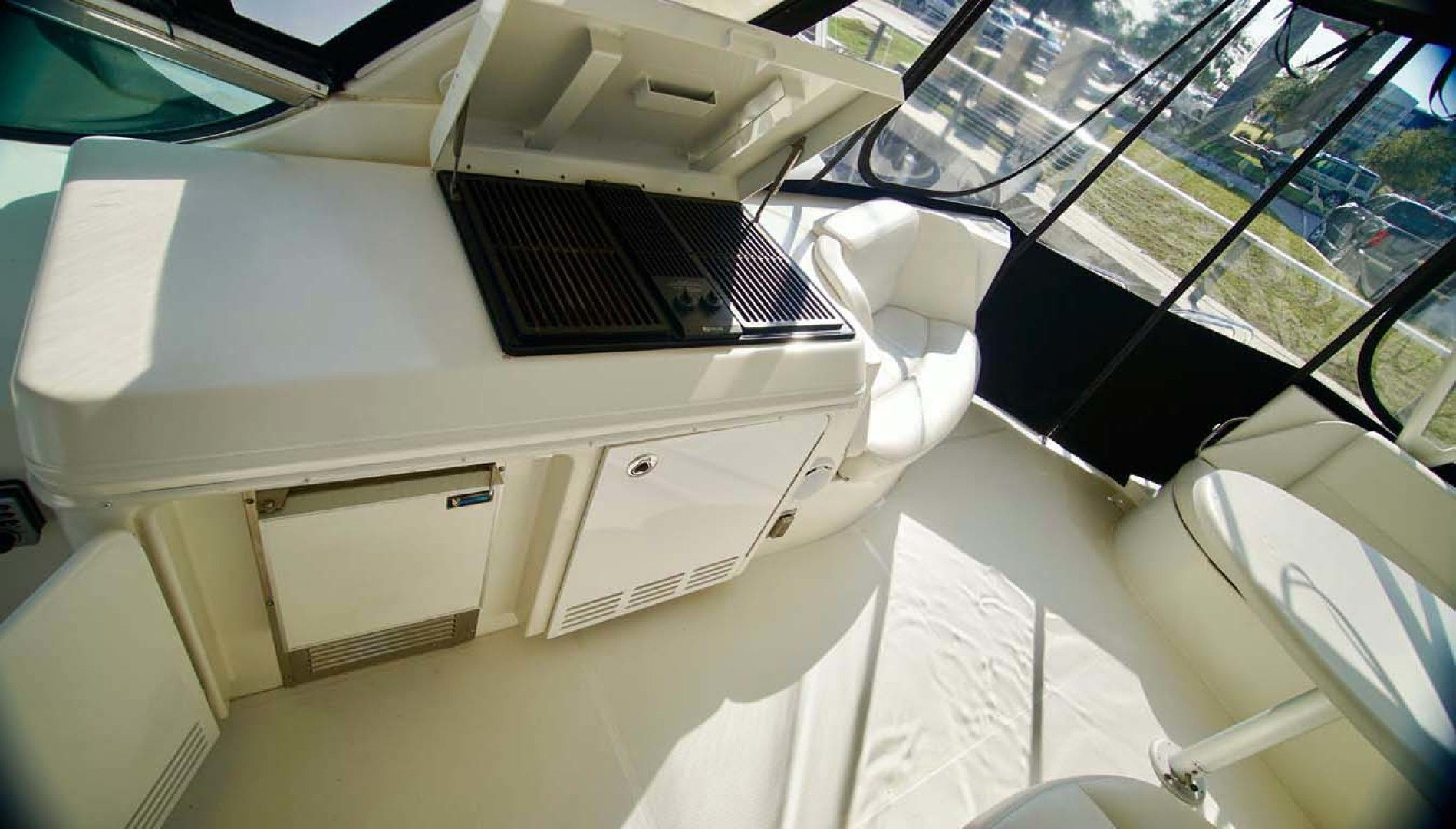 Carver-560 Voyager 2006-NEED A BREAK Fort Myers-Florida-United States-Flybridge Grill Open-1105798 | Thumbnail