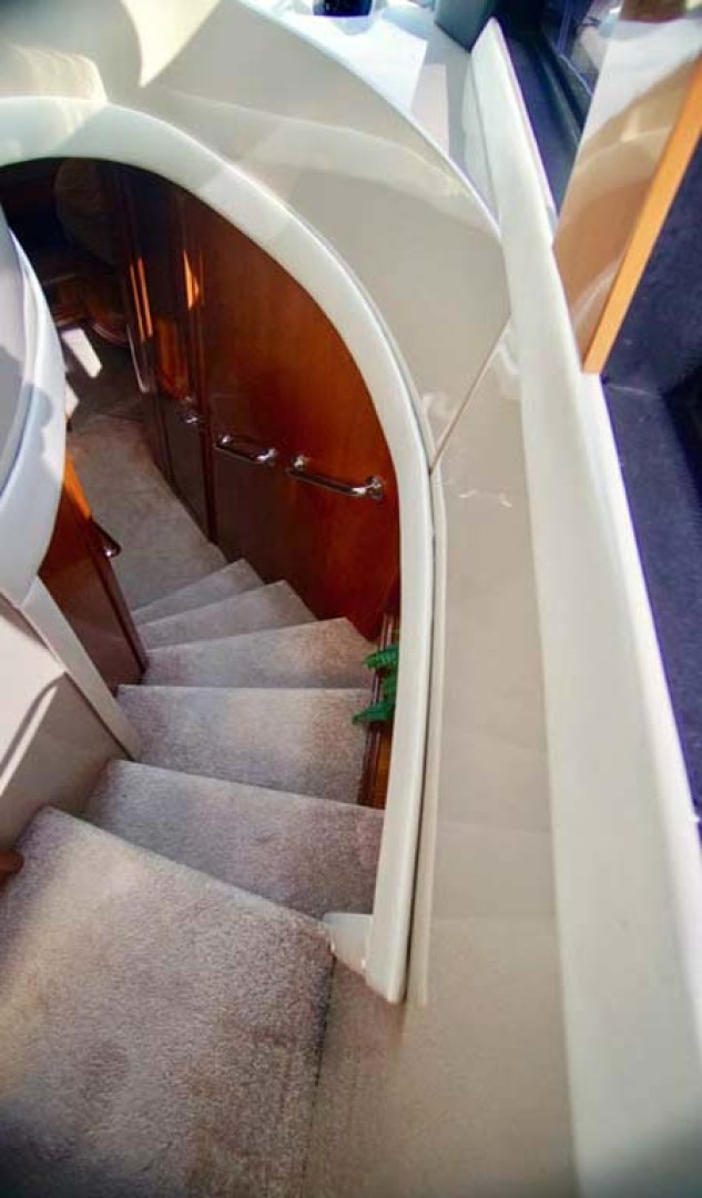 Carver-560 Voyager 2006-NEED A BREAK Fort Myers-Florida-United States-Stairs to Cabins-1105778 | Thumbnail