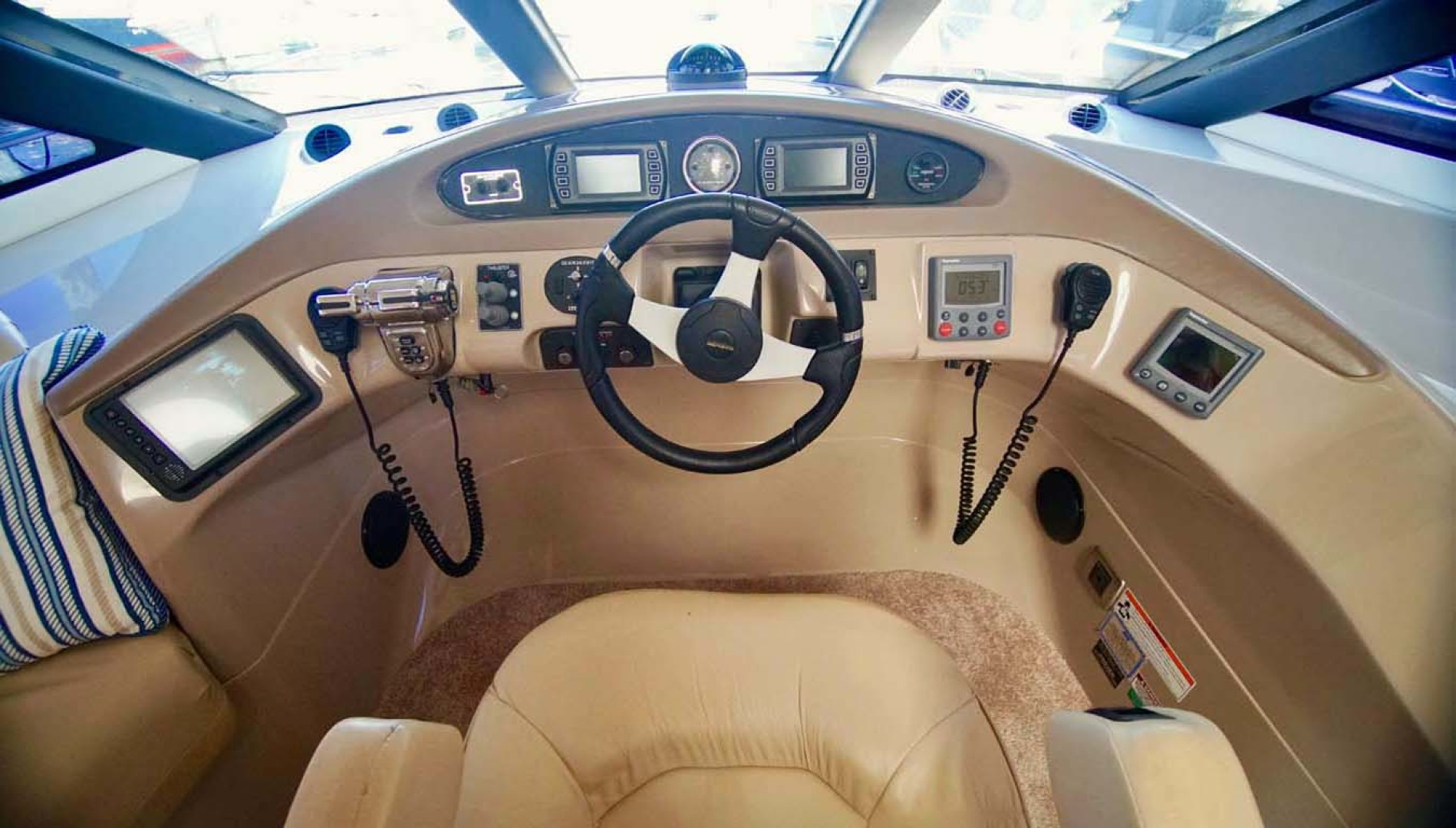 Carver-560 Voyager 2006-NEED A BREAK Fort Myers-Florida-United States-Lower Helm Electronics-1105768 | Thumbnail
