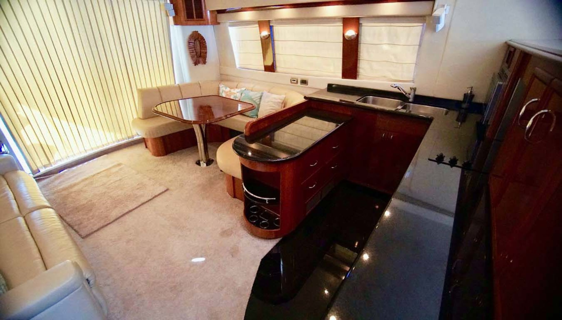 Carver-560 Voyager 2006-NEED A BREAK Fort Myers-Florida-United States-Galley-1105773 | Thumbnail