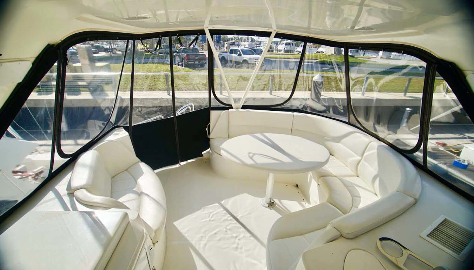 Carver-560 Voyager 2006-NEED A BREAK Fort Myers-Florida-United States-Flybridge Seating-1105795 | Thumbnail