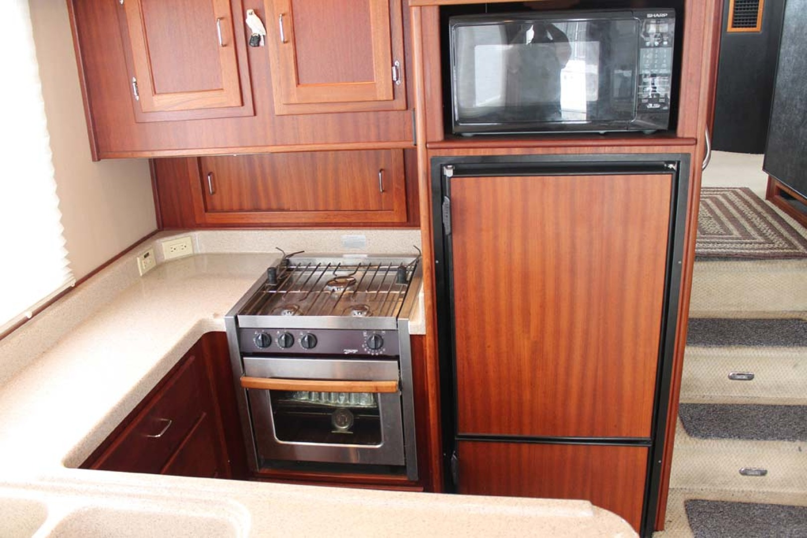 American Tug-Pilothouse 2006-Peregrine Albany-New York-United States-2006 41 American Tug Galley-1063144 | Thumbnail