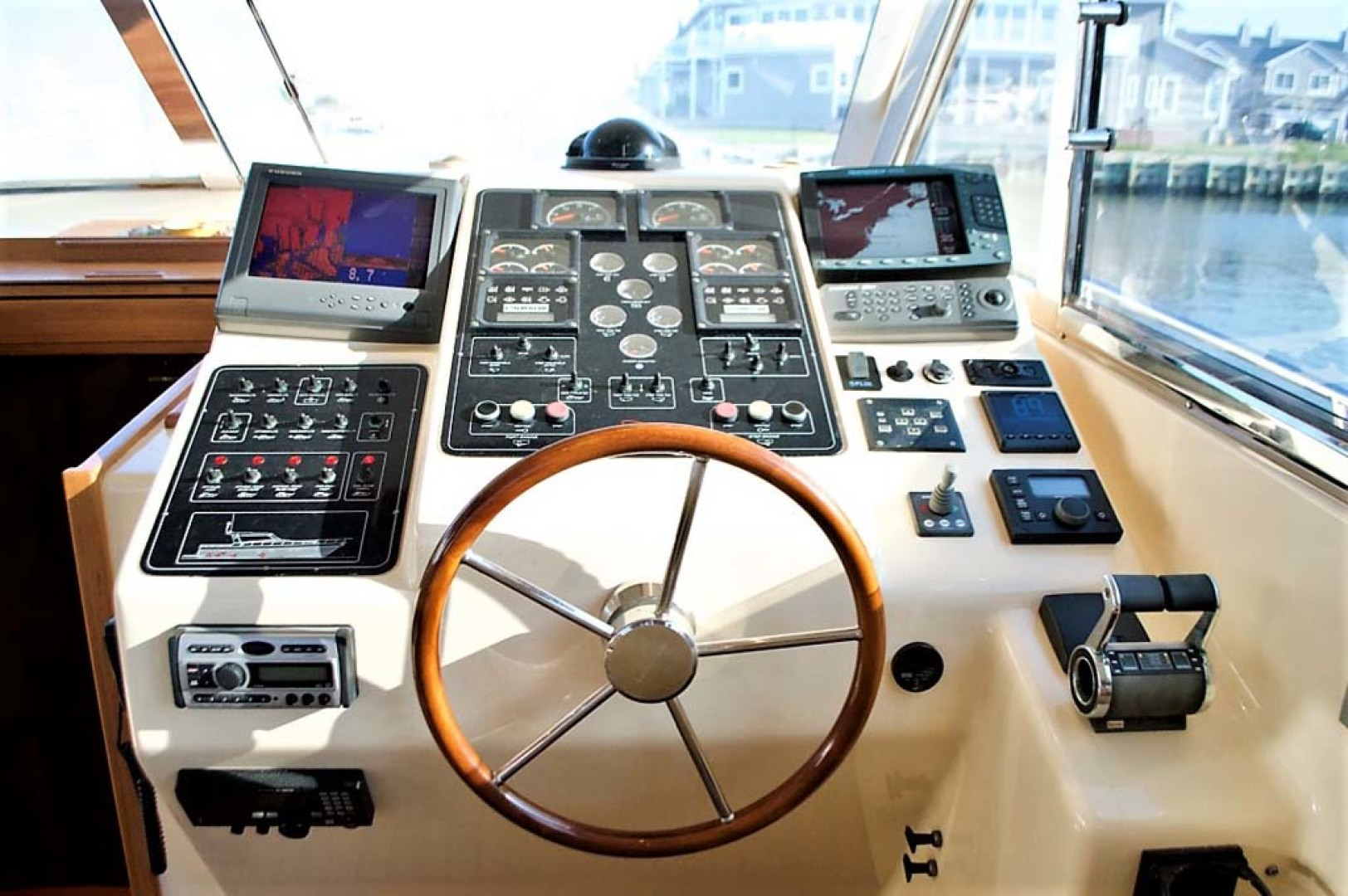 Apreamare-Express Cruiser 2005-SYBERATIC Long Island-New York-United States-Electronics-1063776 | Thumbnail