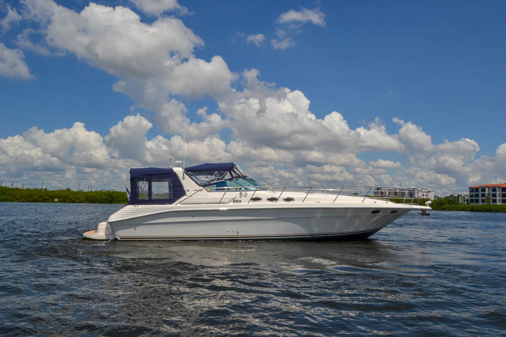 40 1996 Sea Ray 400 Express Cruiser Tampa Yacht Sales