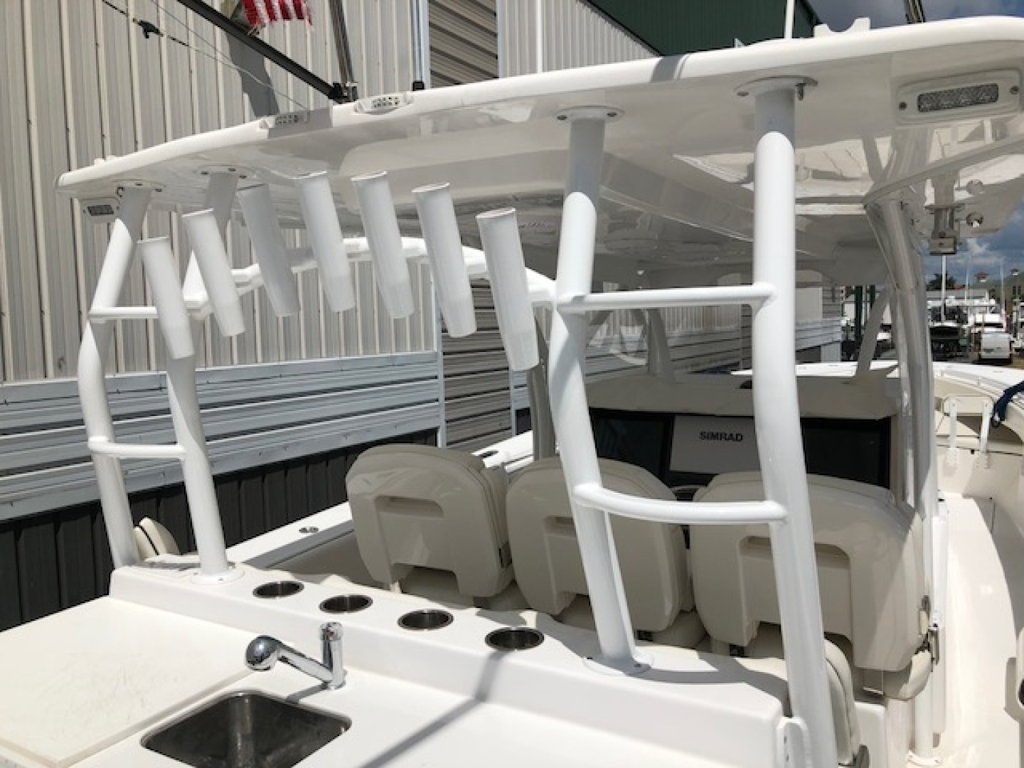 SeaHunter-45 Center Console 2016-No Name Bal Harbour-Florida-United States-2016 Sea Hunter 45 Center Console  Rod holders-1065505   Thumbnail
