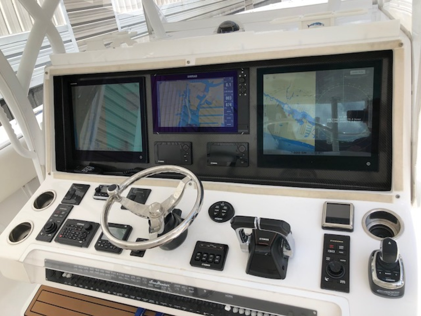 SeaHunter-45 Center Console 2016-No Name Bal Harbour-Florida-United States-2016 Sea Hunter 45 Center Console  Electronics-1065509   Thumbnail