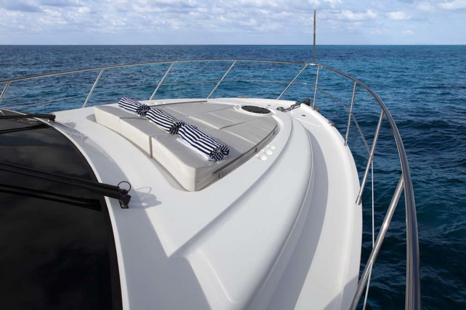 Dyna Yachts-Flybridge 2021 -Florida-United States-Foredeck-1065906 | Thumbnail
