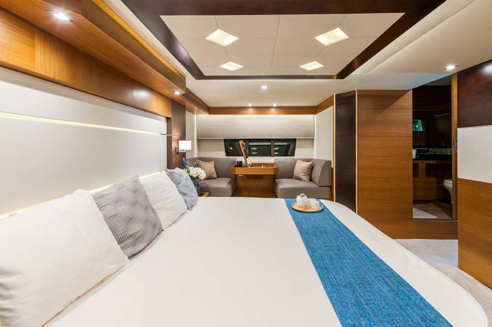 Dyna Yachts-Flybridge 2021 -Florida-United States-Master Stateroom-1065894 | Thumbnail