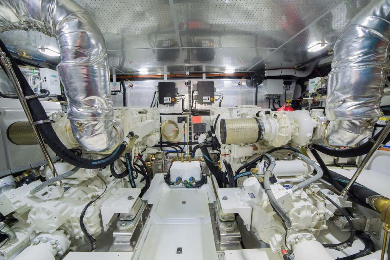 Dyna Yachts-Flybridge 2021 -Florida-United States-Engine Room-1065910 | Thumbnail