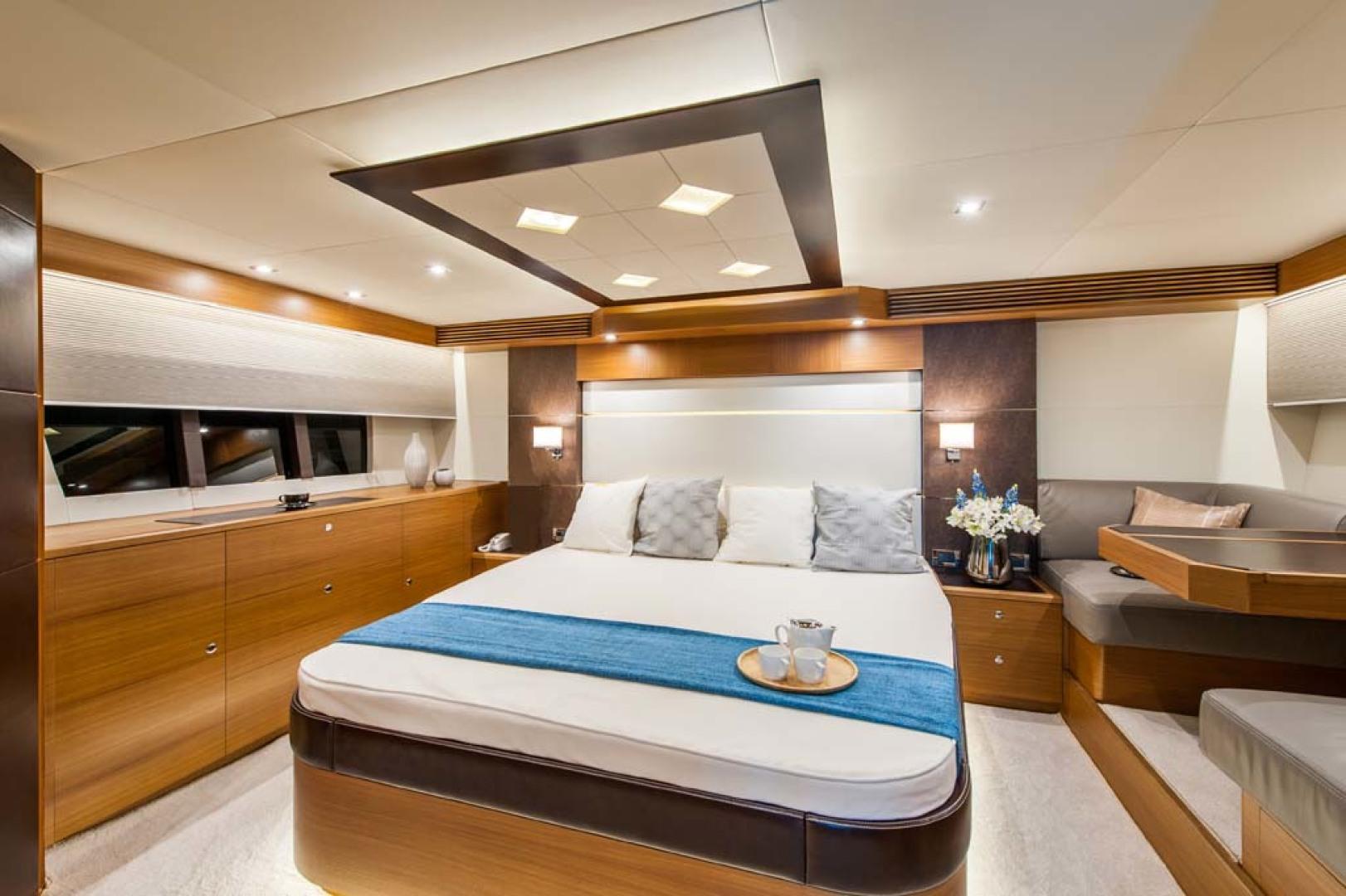 Dyna Yachts-Flybridge 2021 -Florida-United States-Master Stateroom-1065893 | Thumbnail