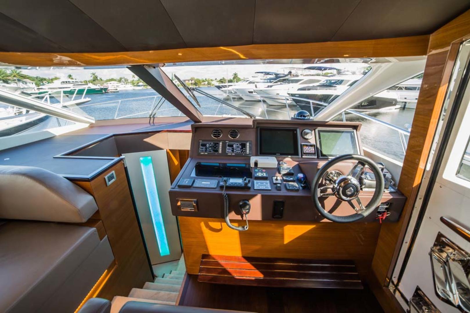 Dyna Yachts-Flybridge 2021 -Florida-United States-Lower Helm Station-1065882 | Thumbnail
