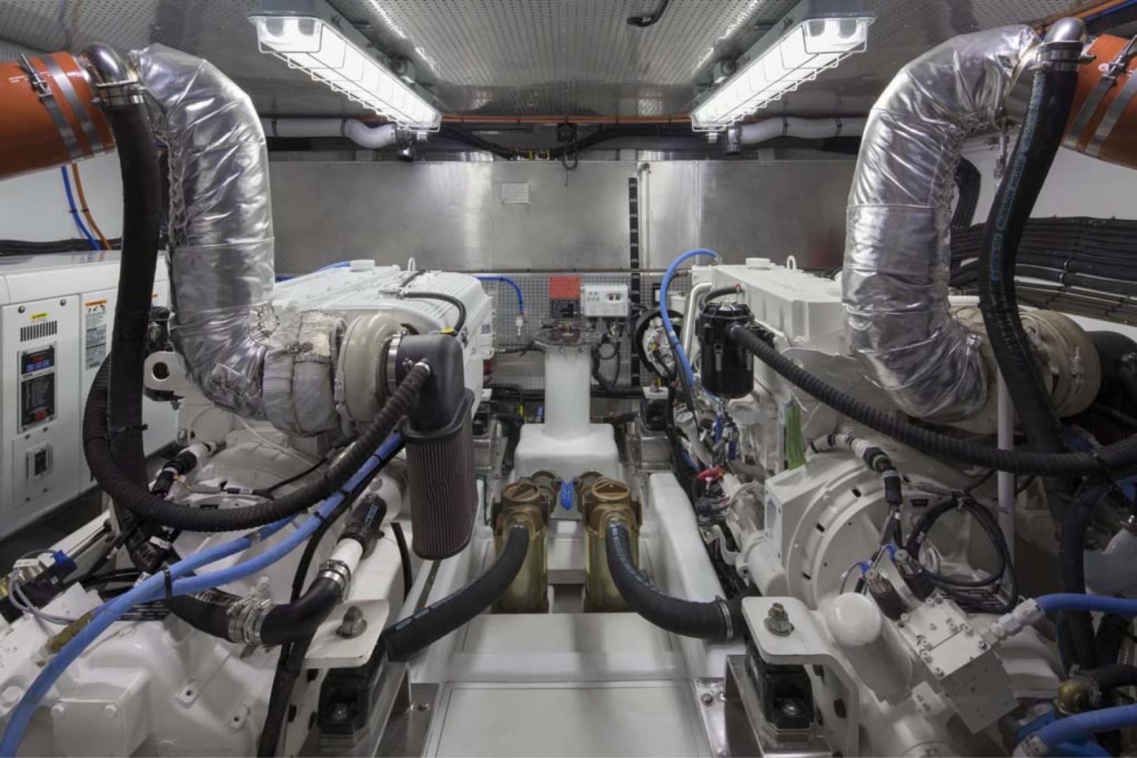 Dyna Yachts-Flybridge 2021 -Florida-United States-Engine Room-1065911 | Thumbnail