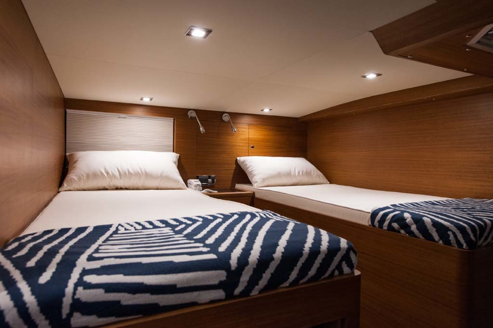 Dyna Yachts-Flybridge 2021 -Florida-United States-Guest Stateroom-1065900 | Thumbnail