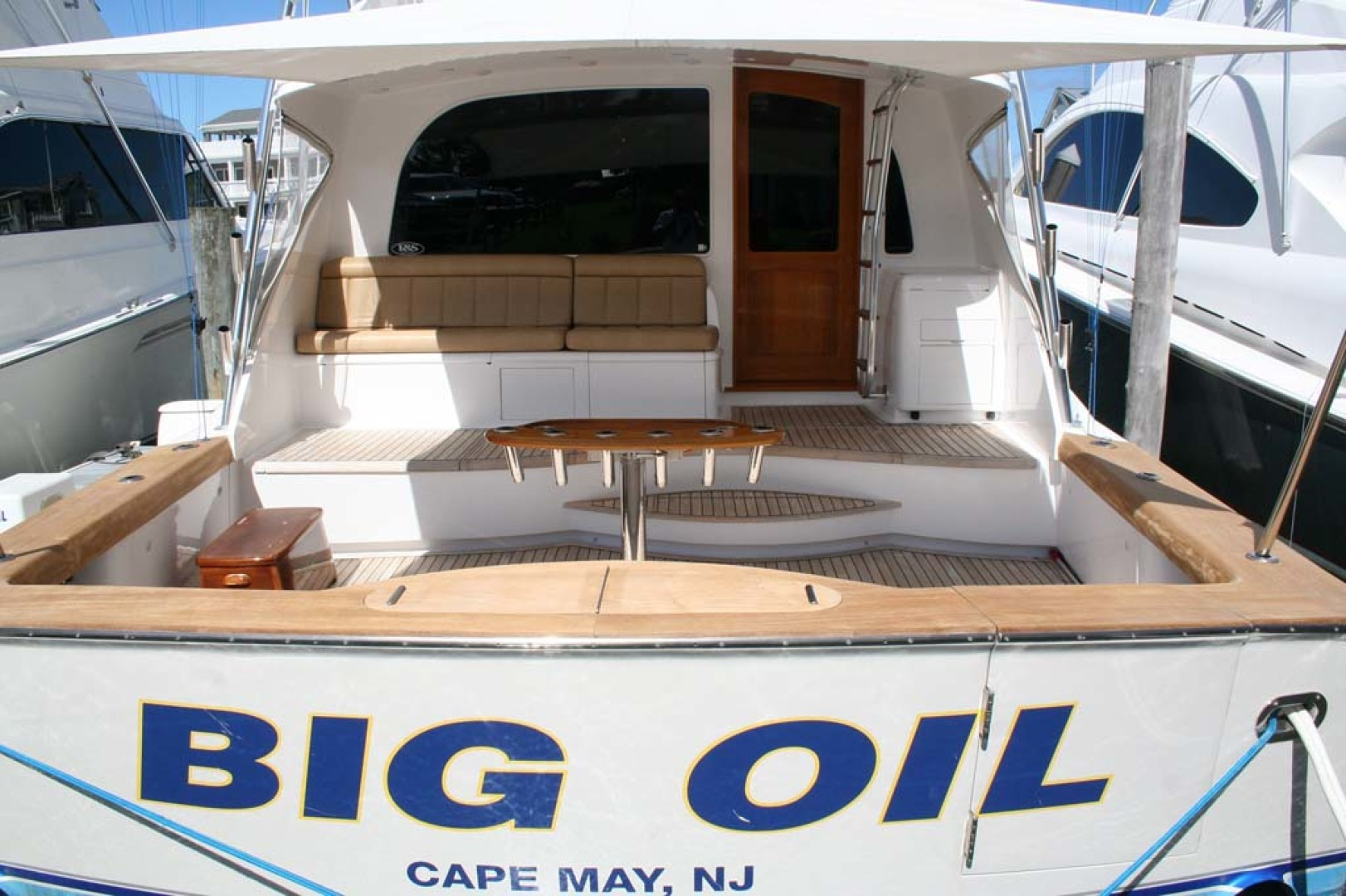 F&S-56-Flybridge-2012-Big-Oil-Cape-May-New-Jersey-United-States-1068298