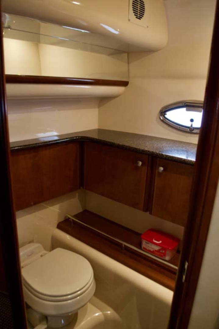 Meridian-459 Motoryacht 2006-Totally Outta Control Long Island-New York-United States-Master Head-1068686 | Thumbnail