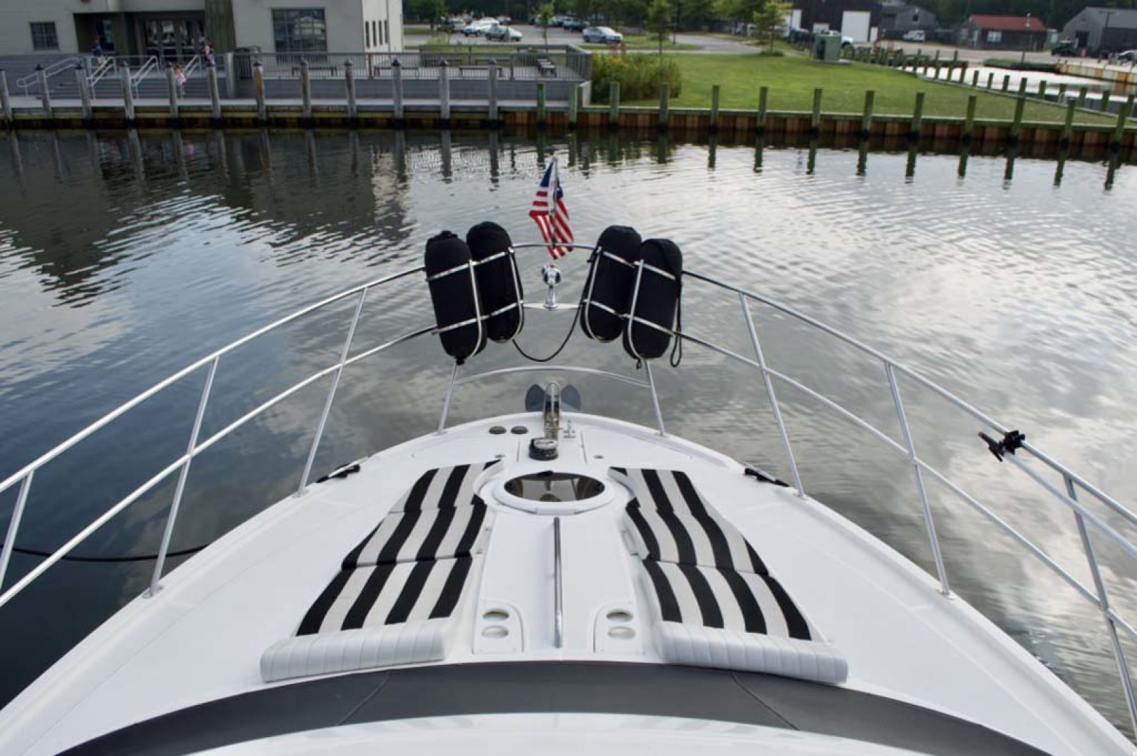 Meridian-459 Motoryacht 2006-Totally Outta Control Long Island-New York-United States-Foredeck-1068647 | Thumbnail