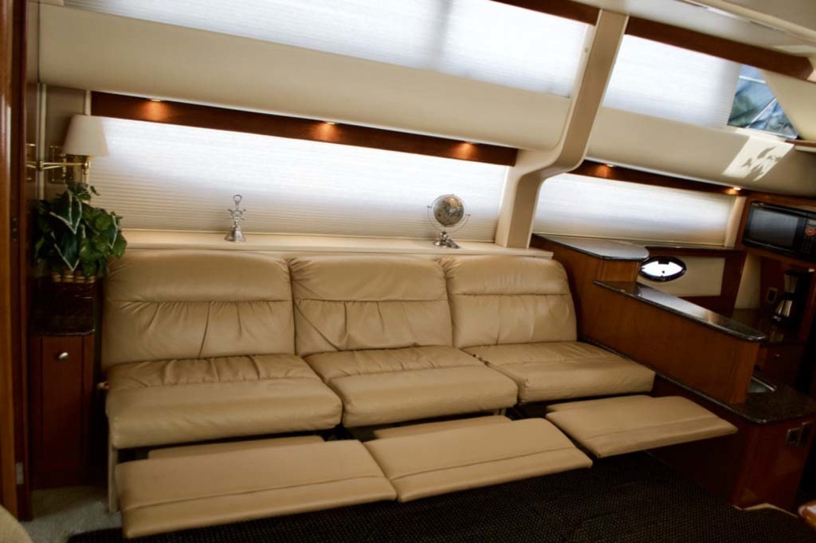 Meridian-459 Motoryacht 2006-Totally Outta Control Long Island-New York-United States-Recliners Open-1068666 | Thumbnail
