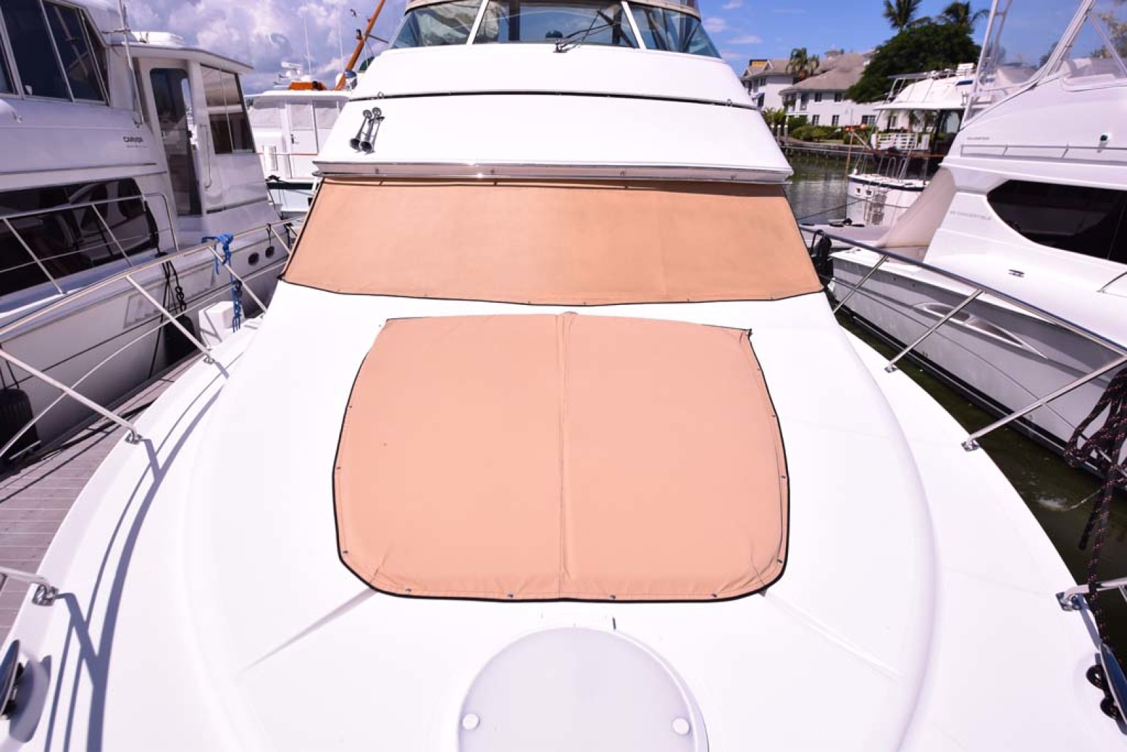 Carver-Voyager 2005-Sawbones Fort Lauderdale-Florida-United States-Sunpad and Windshield Cover-1068995 | Thumbnail